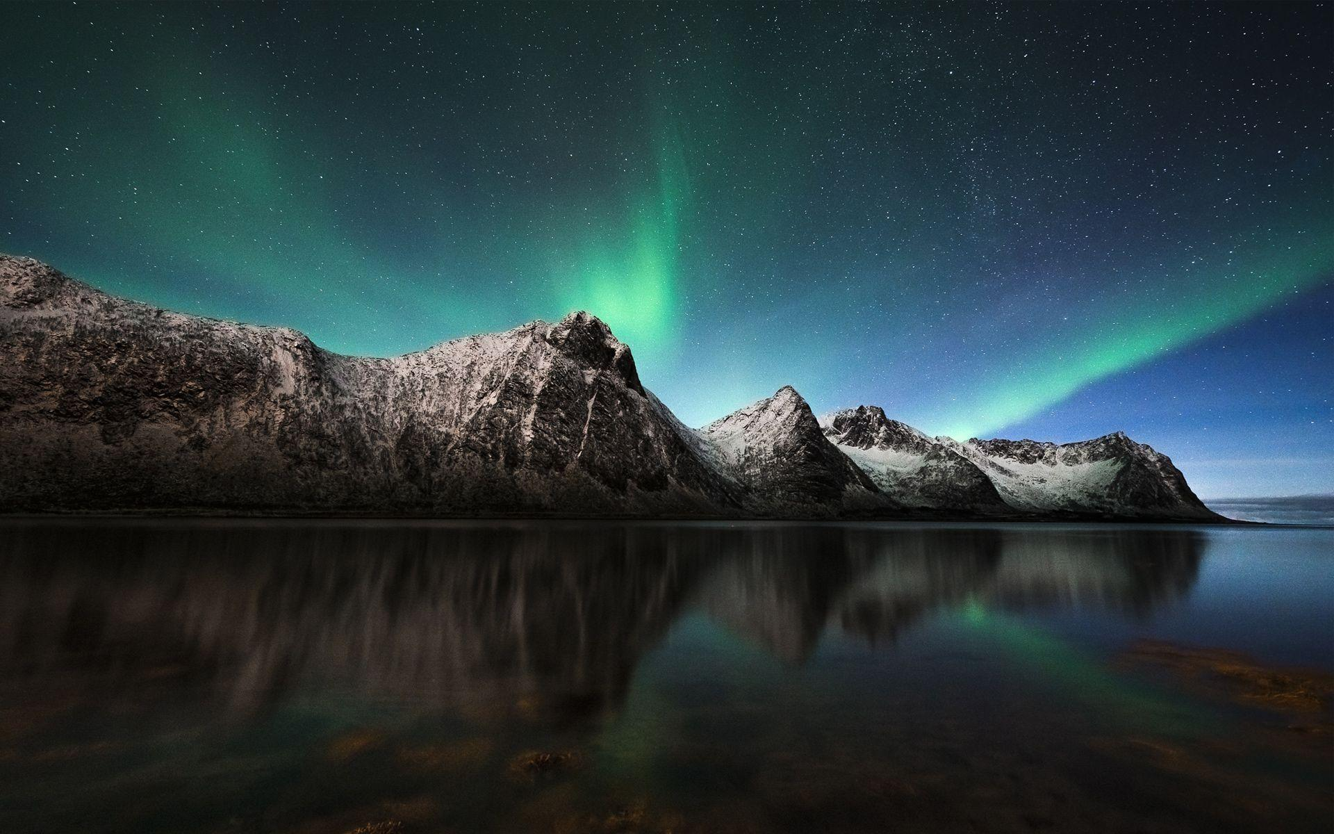 Aurora Borealis Northern Lights Iceland Wallpapers