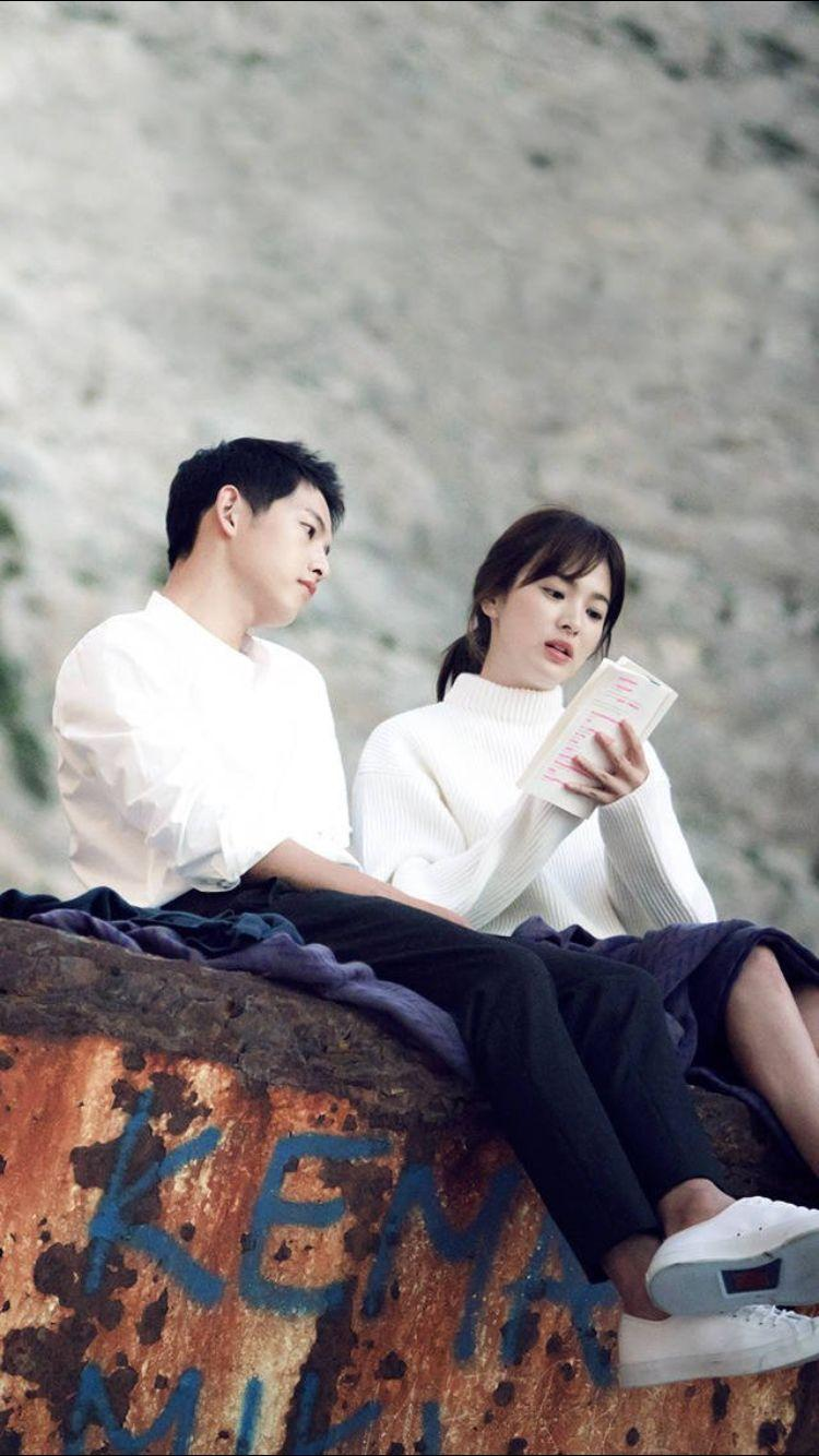 Cpt Yoo Si Jin & Dr Kang Mo Yeon  Descendants Of The Sun