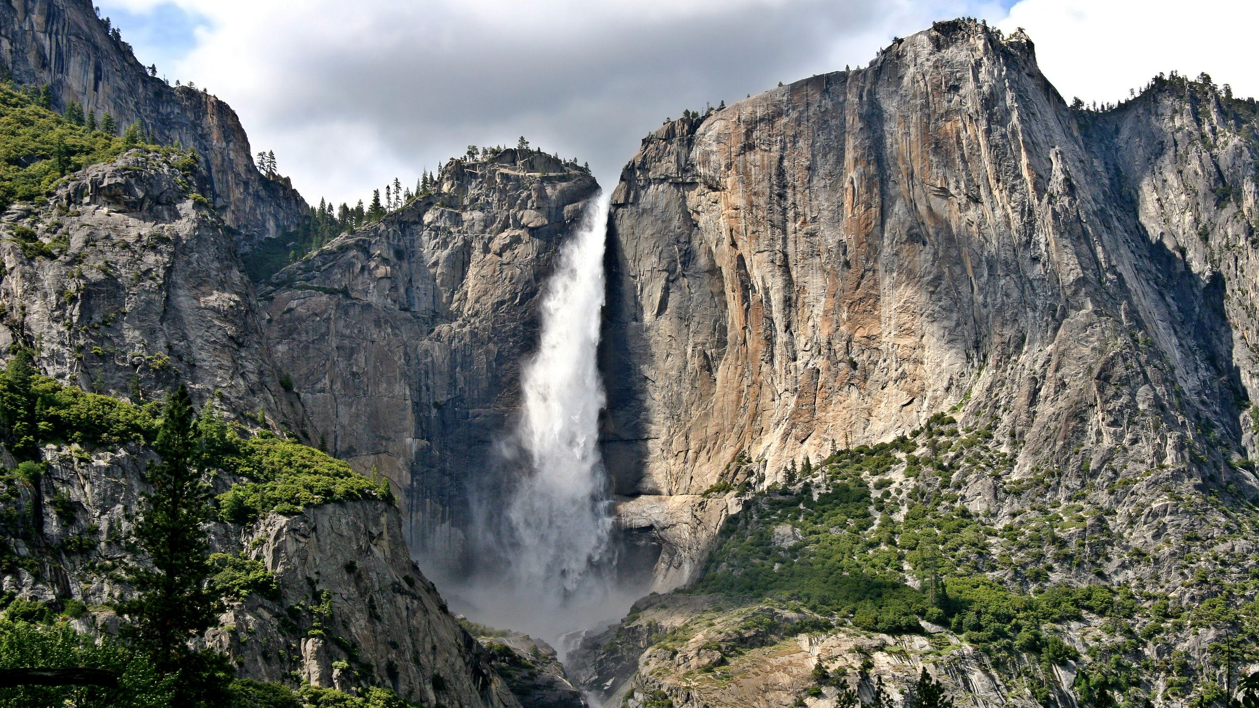 Free Yosemite Wallpapers