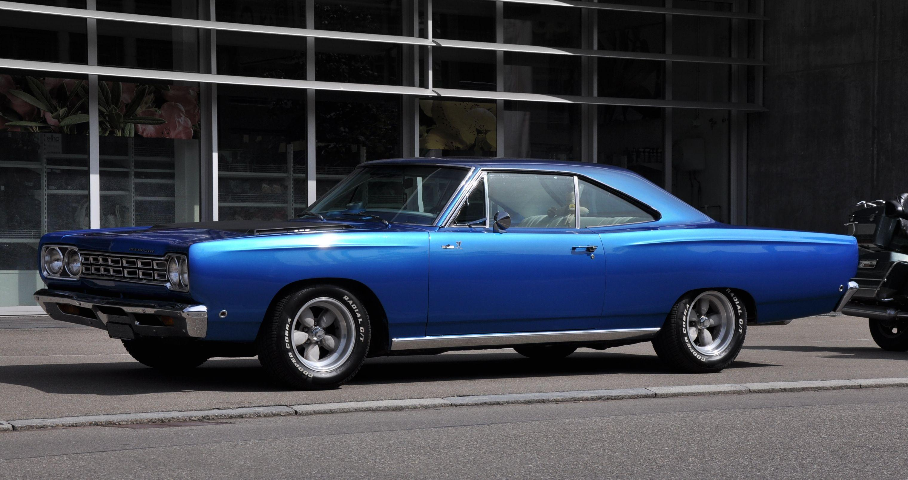 Plymouth Roadrunner Photos and Wallpapers | TrueAutoSite