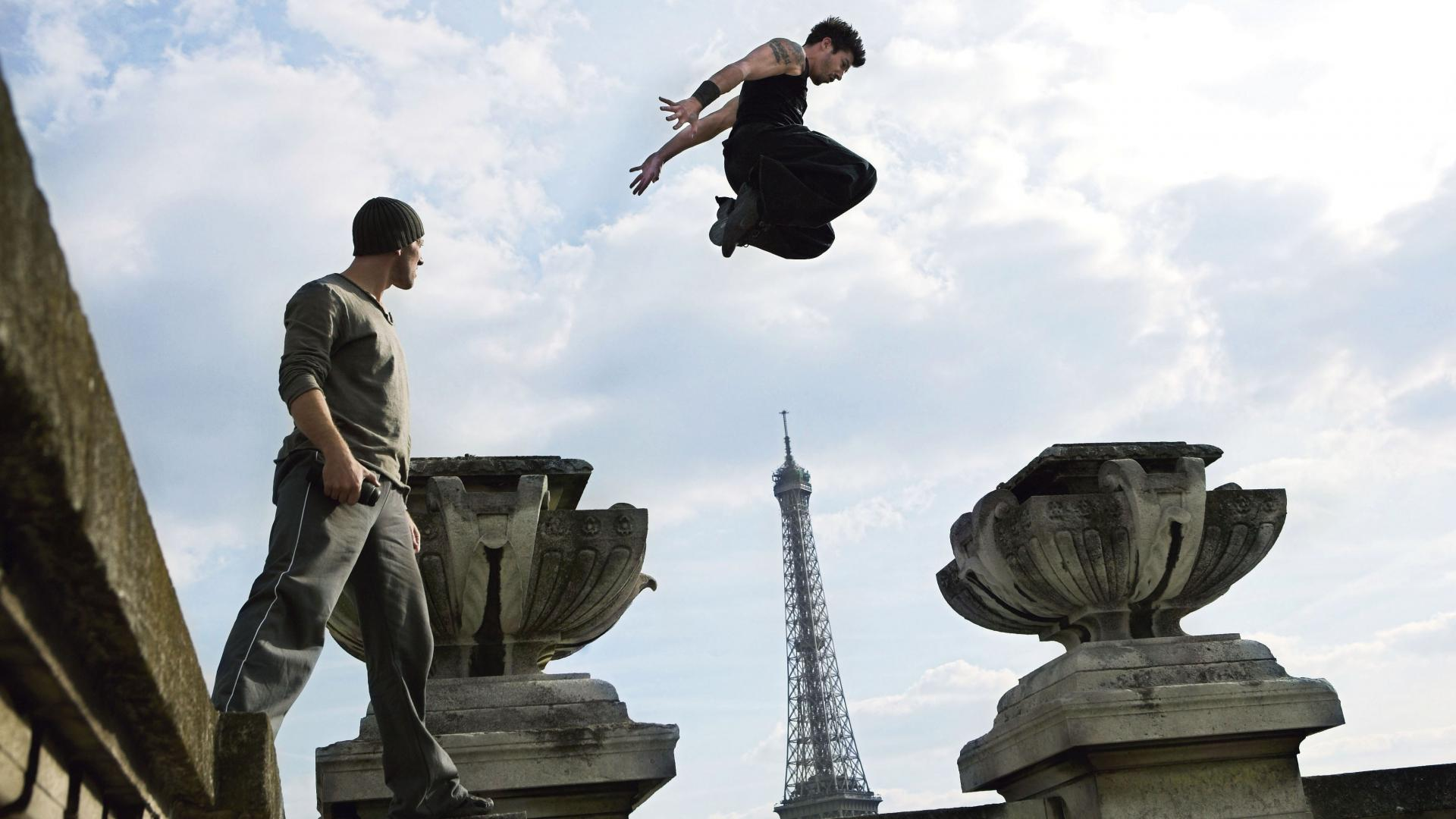 Jump free running david belle cyril raffaelli wallpaper | (77163)