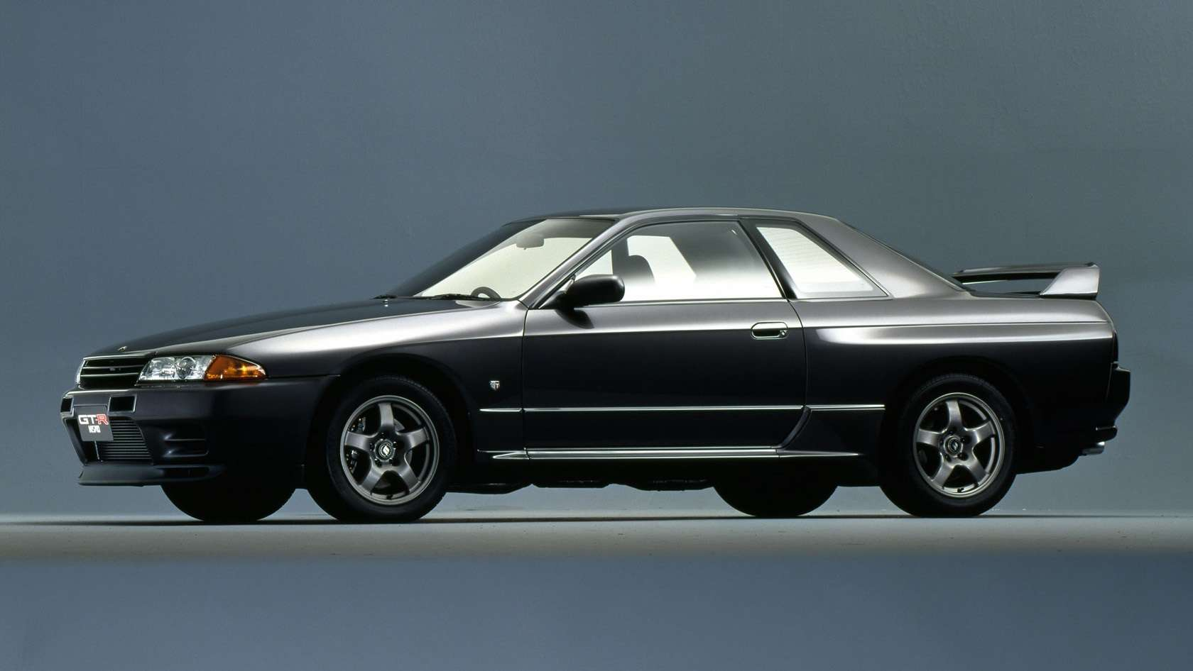 1993 Nissan Skyline R32 GTR coupe 2D wallpapers, specs and news ...