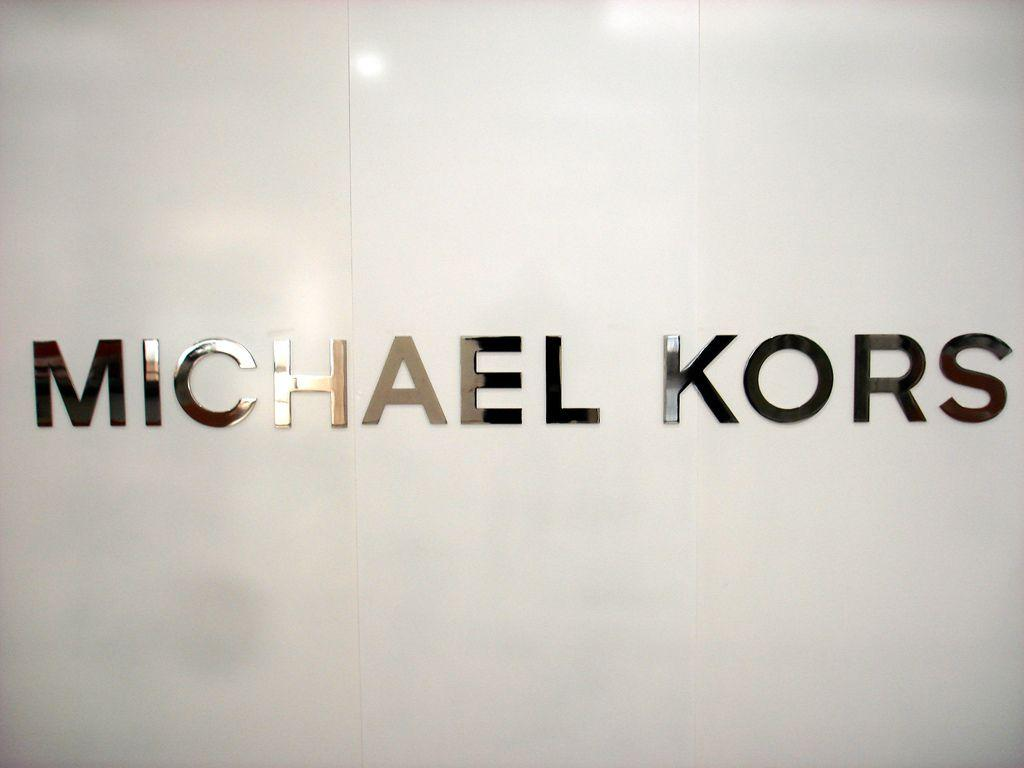 Who Is Michael Kors ? | The Menads