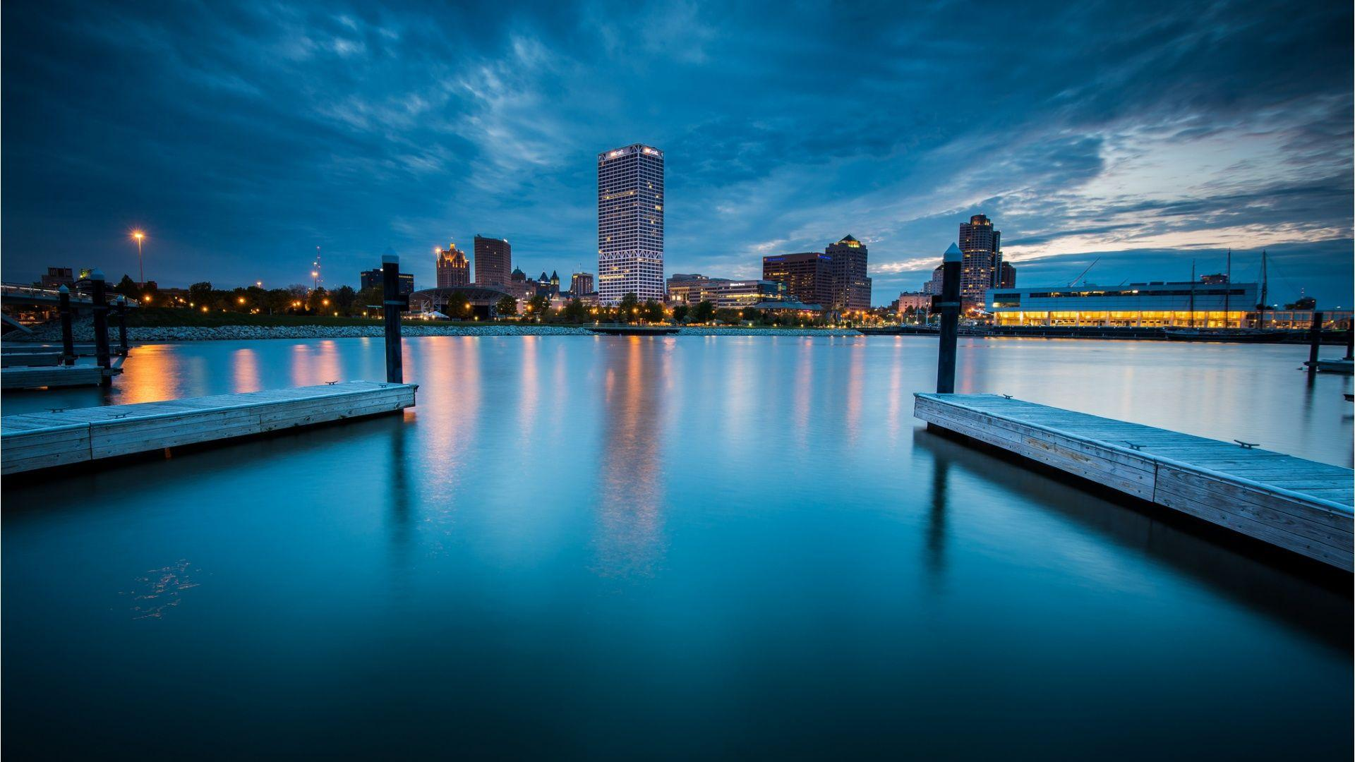 Find out: Milwaukee City Night wallpaper on http://hdpicorner.com ...