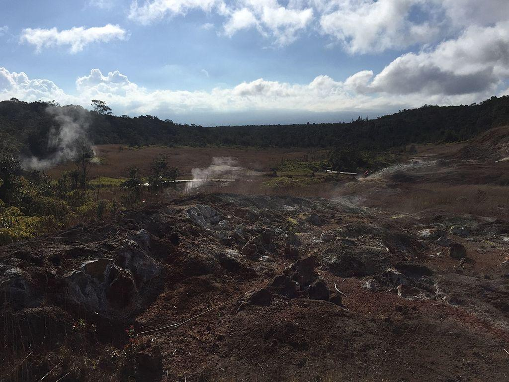 File:Steam vents in Hawai'i Volcanoes National Park. NPS Photo