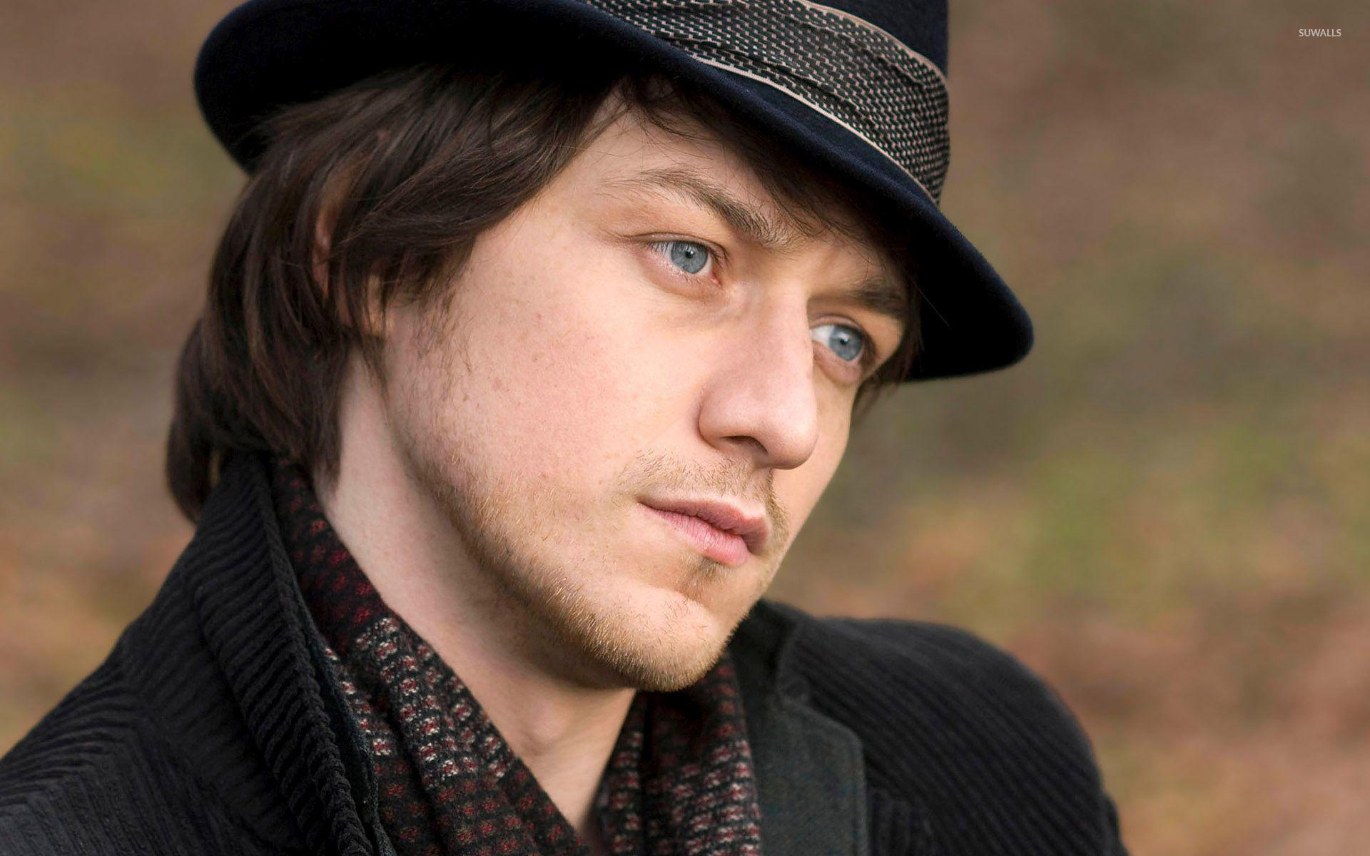 James McAvoy with a black hat wallpapers