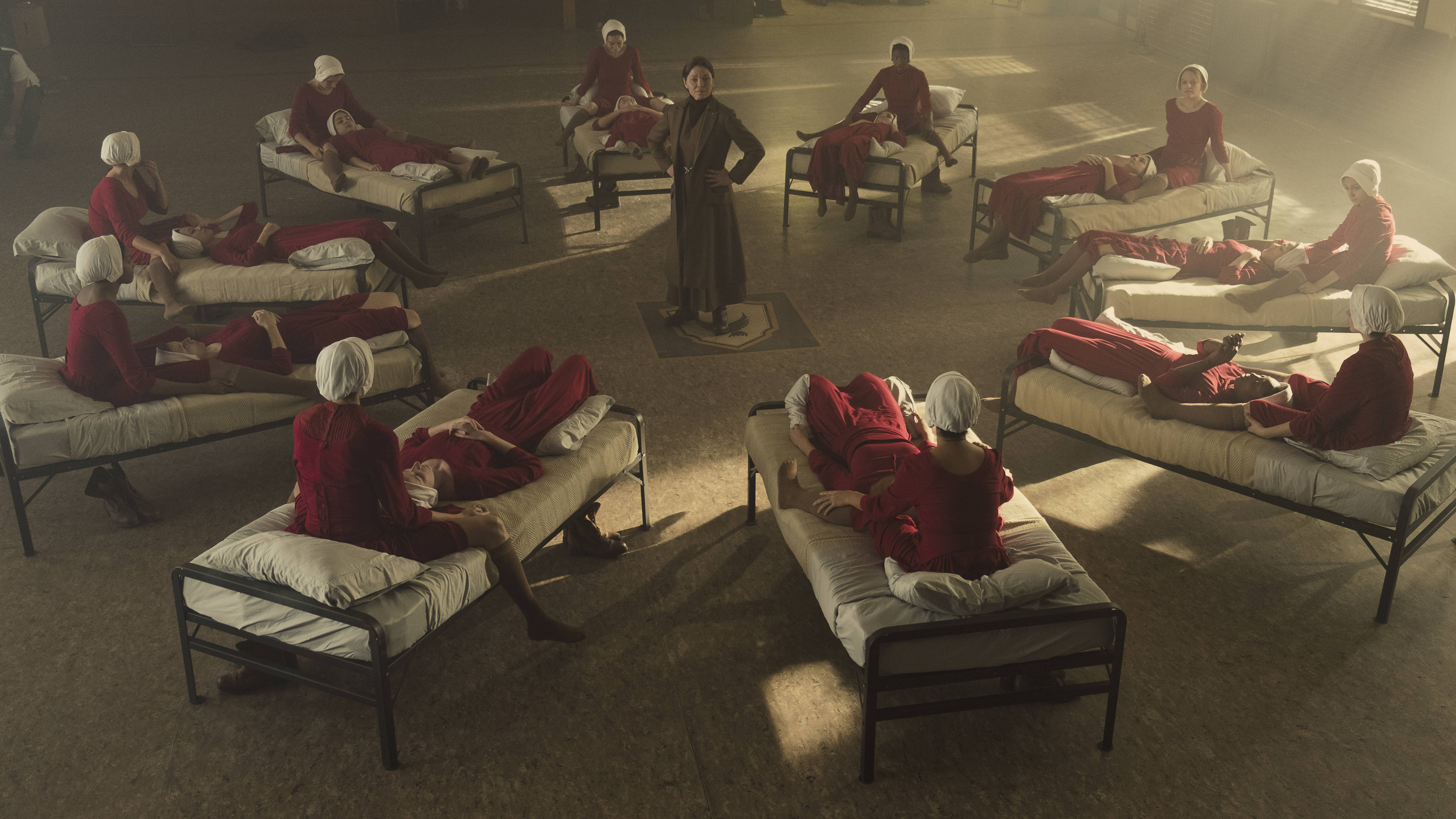 The Handmaid's Tale' Is Pulling You in Whether You Like It or Not ...