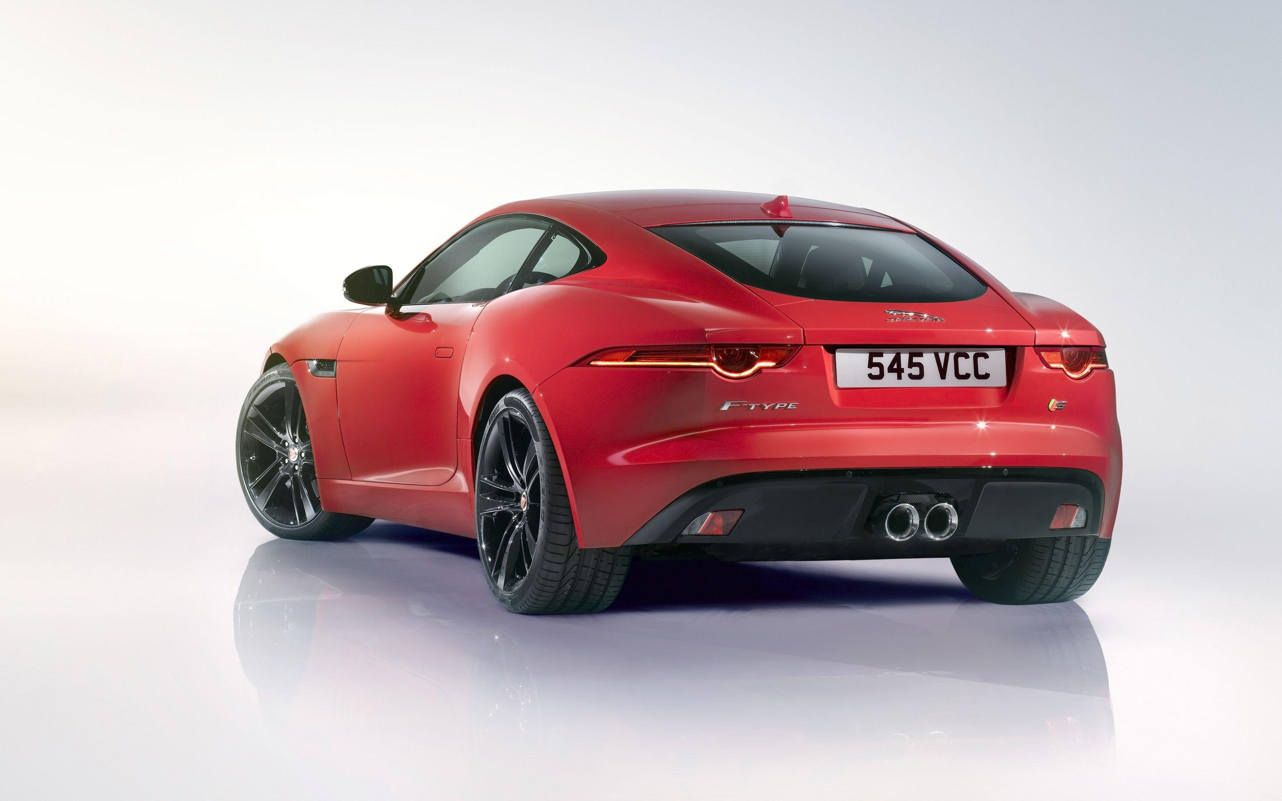 2014 Jaguar F Type R Coupe 4 Wallpapers