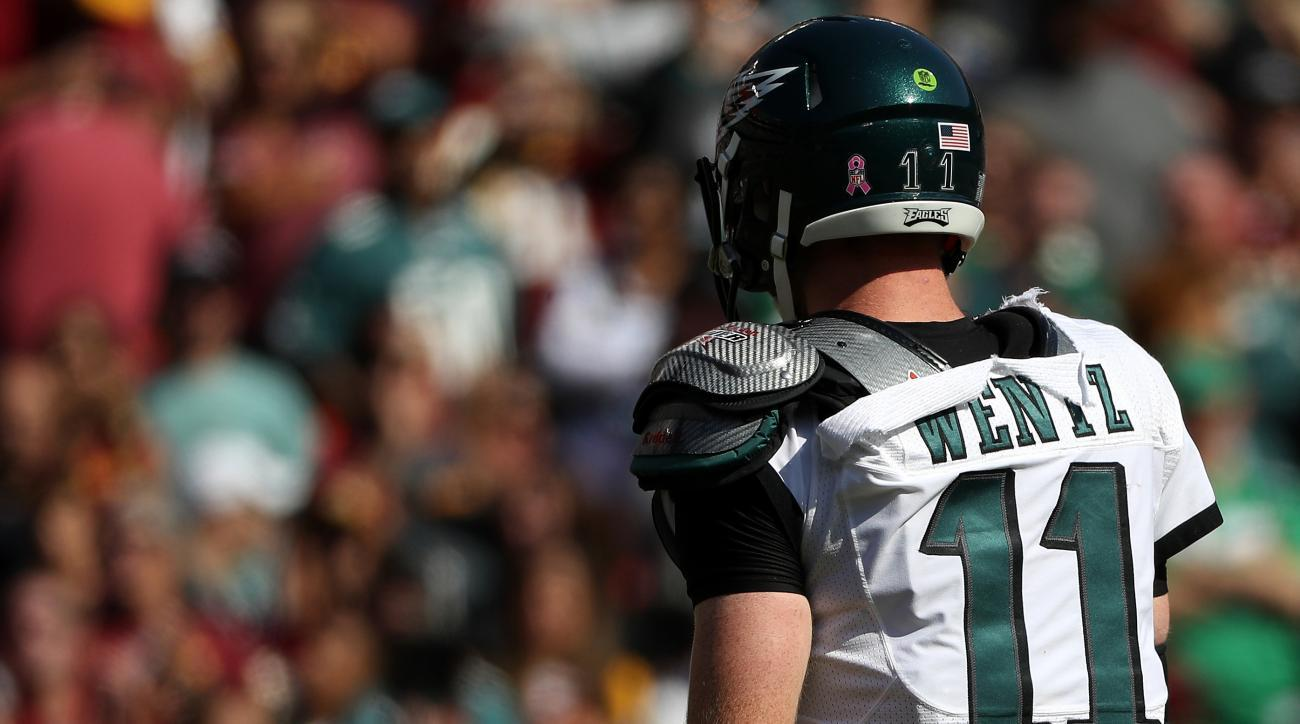 Eagles-Redskins: Carson Wentz's jersey ripped (photos) | SI.com