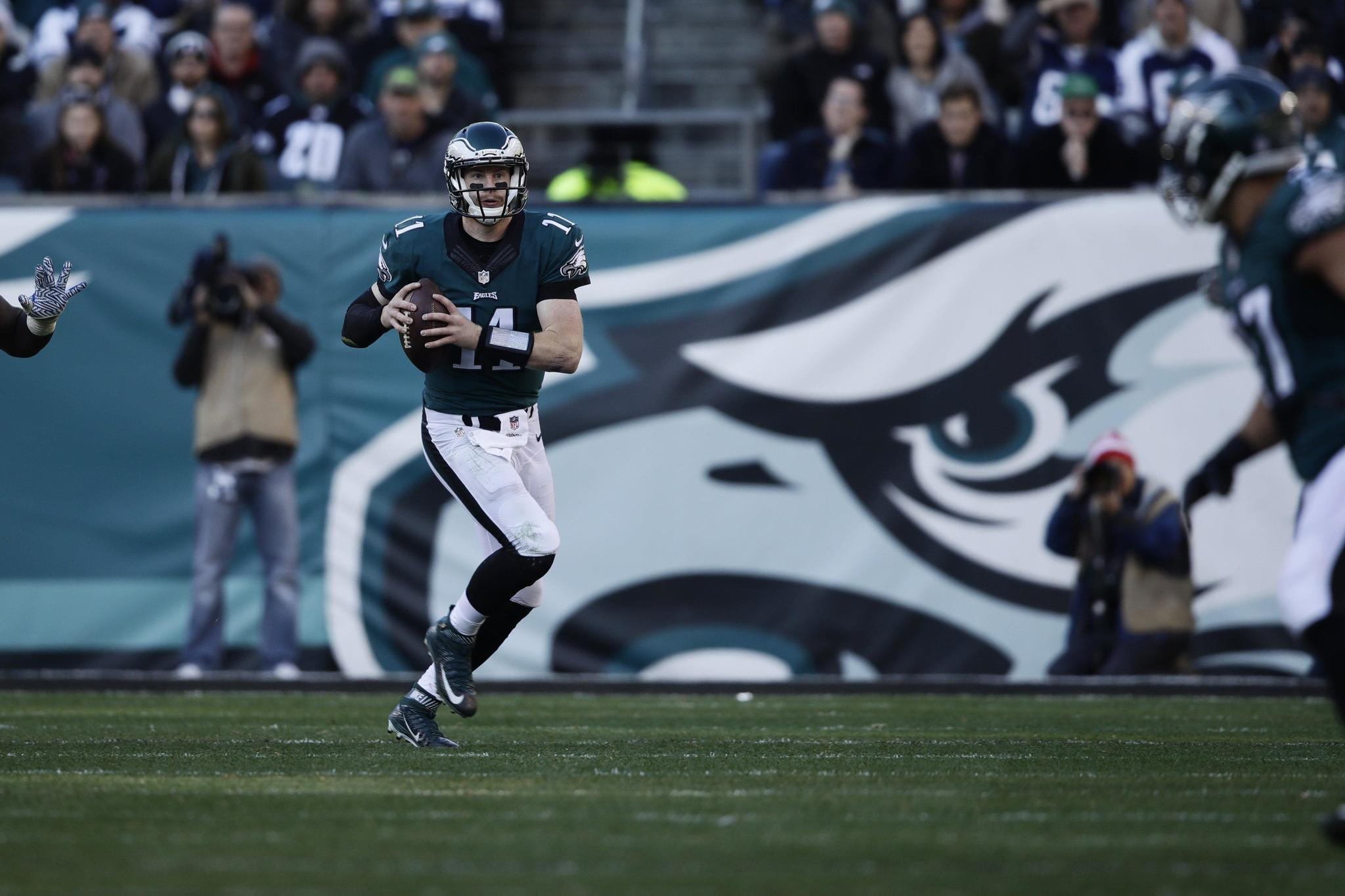Staying sharp is Eagles QB Carson Wentz's top priority - The ...