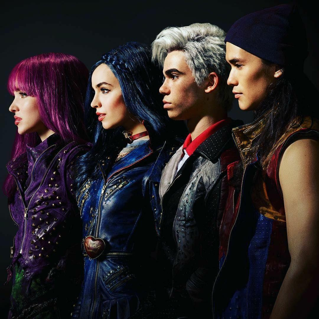Descendants 2 Mal Evie Jay and Carlos | Descendants 2 | Pinterest .