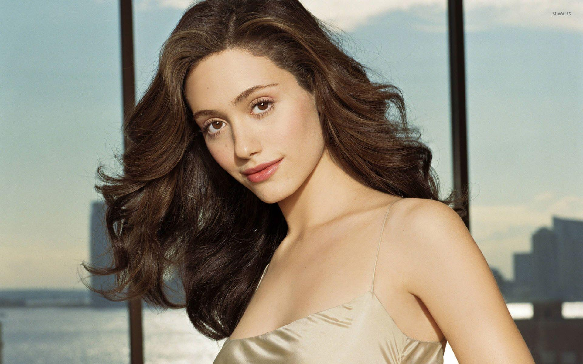 Emmy Rossum Wallpapers - Wallpaper Cave Emmy Rossum Wallpaper