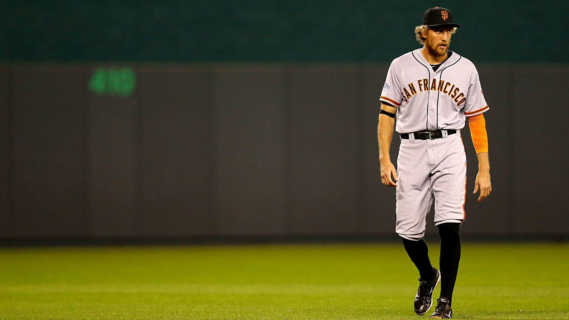 World Series 2014 Hunter Pence Reveals Character With His Salute