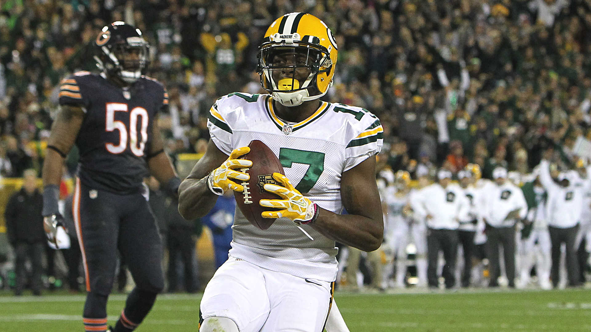 Baby Jesus' Davante Adams steps up for Packers on record night