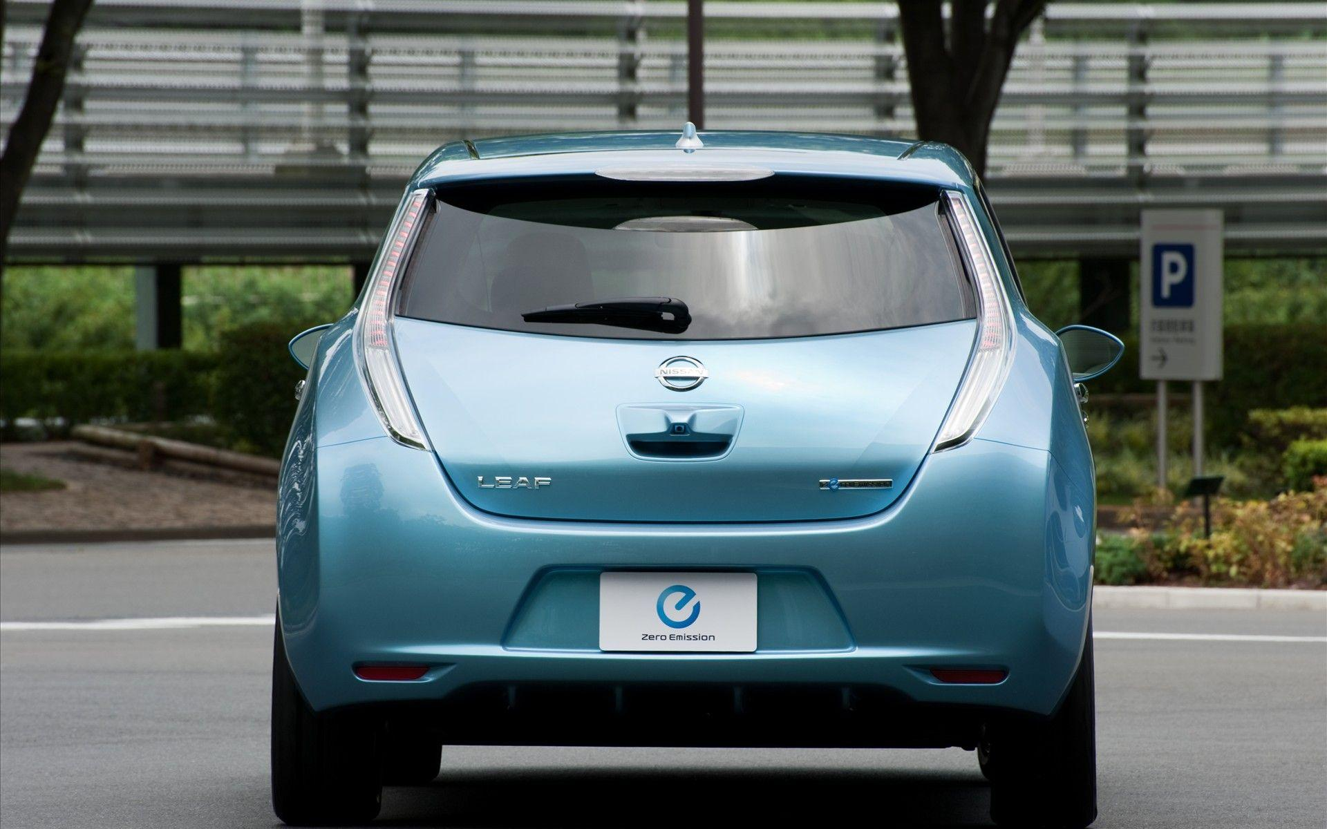 Nissan Leaf | Free Desktop Wallpapers for Widescreen, HD and Mobile