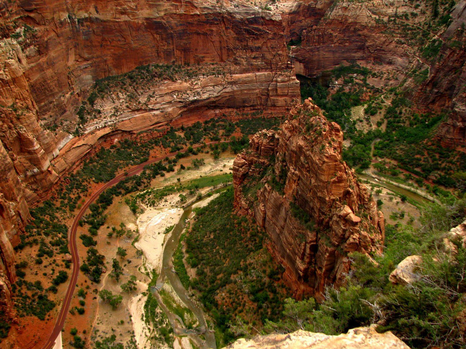 Zion National Park Angels Landing - wallpaper.