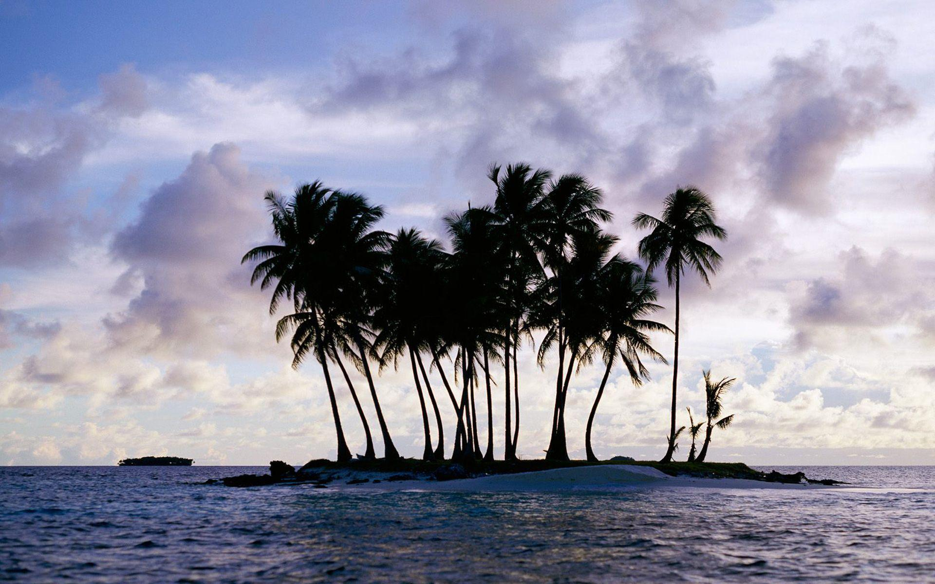 Island wallpaper, Chuuk (Truk), Micronesia - Beach Wallpapers