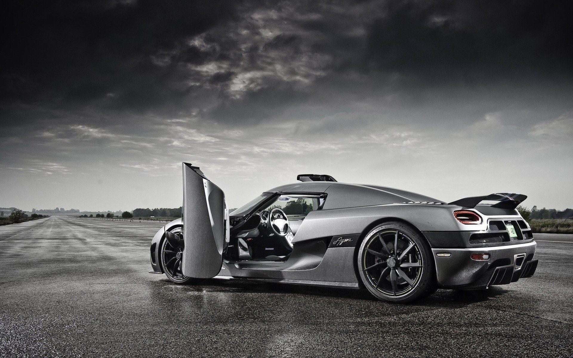 Koenigsegg Agera HD Wallpapers