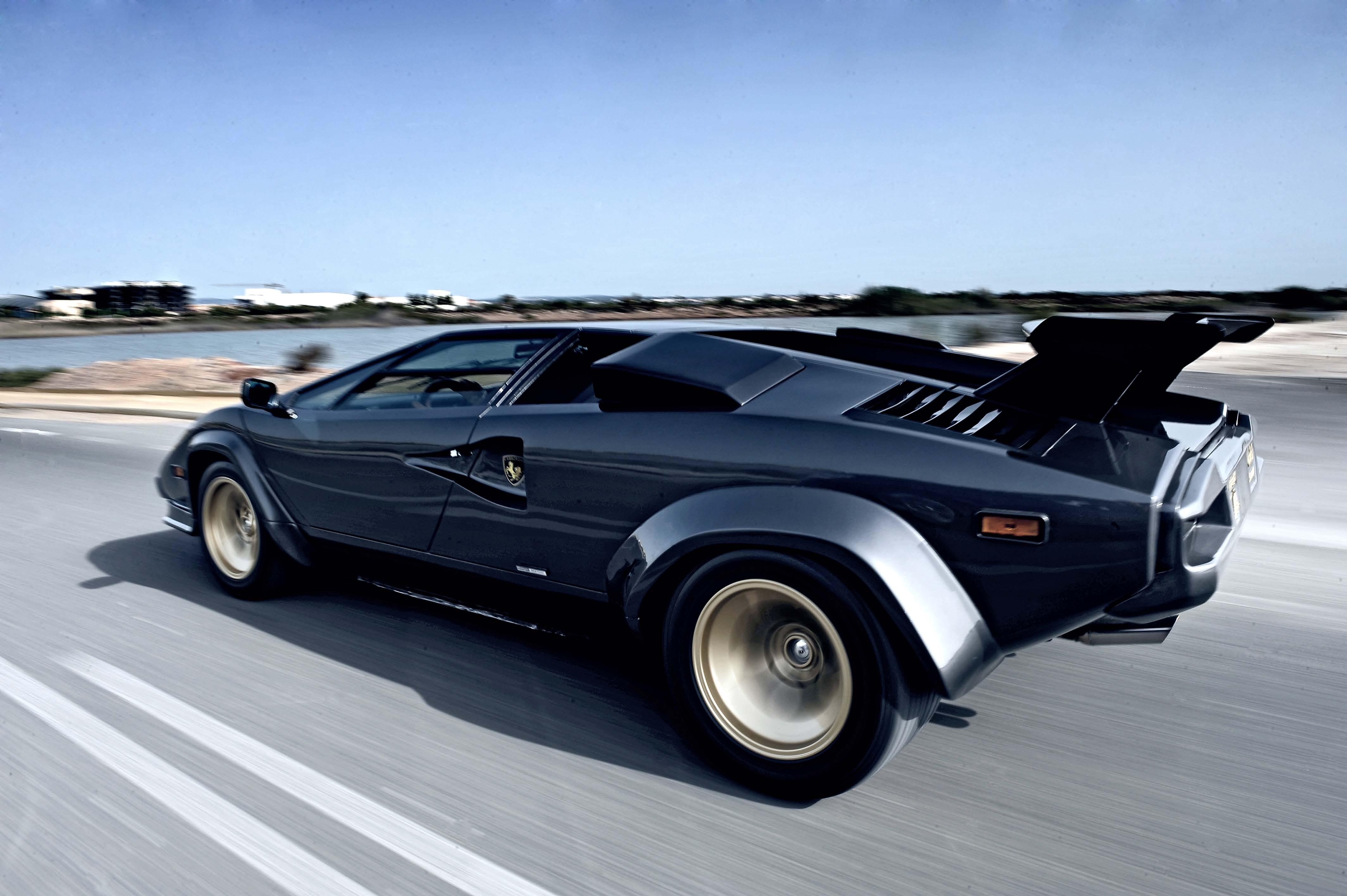 Lamborghini Countach Wallpapers Wallpaper Cave