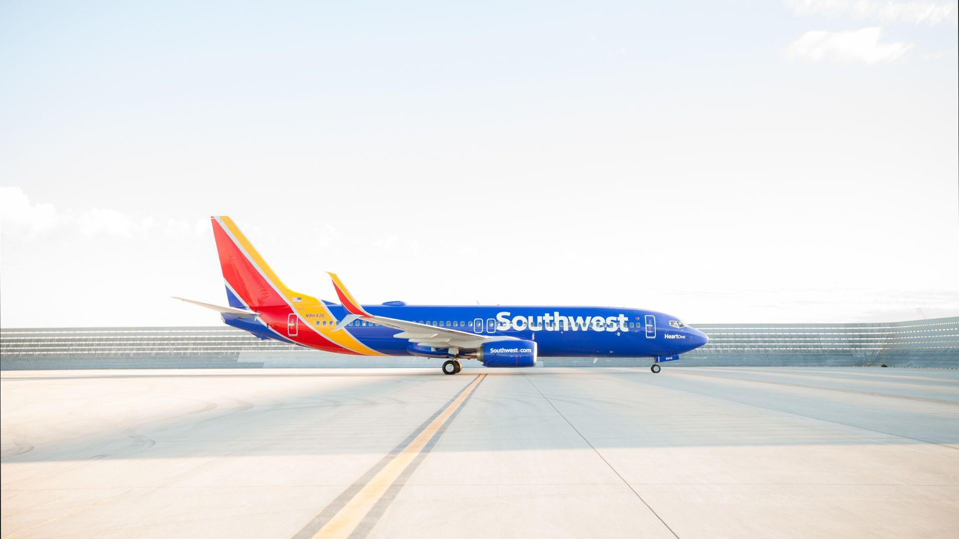 Southwest airlines sends hottest fares directly to customers.