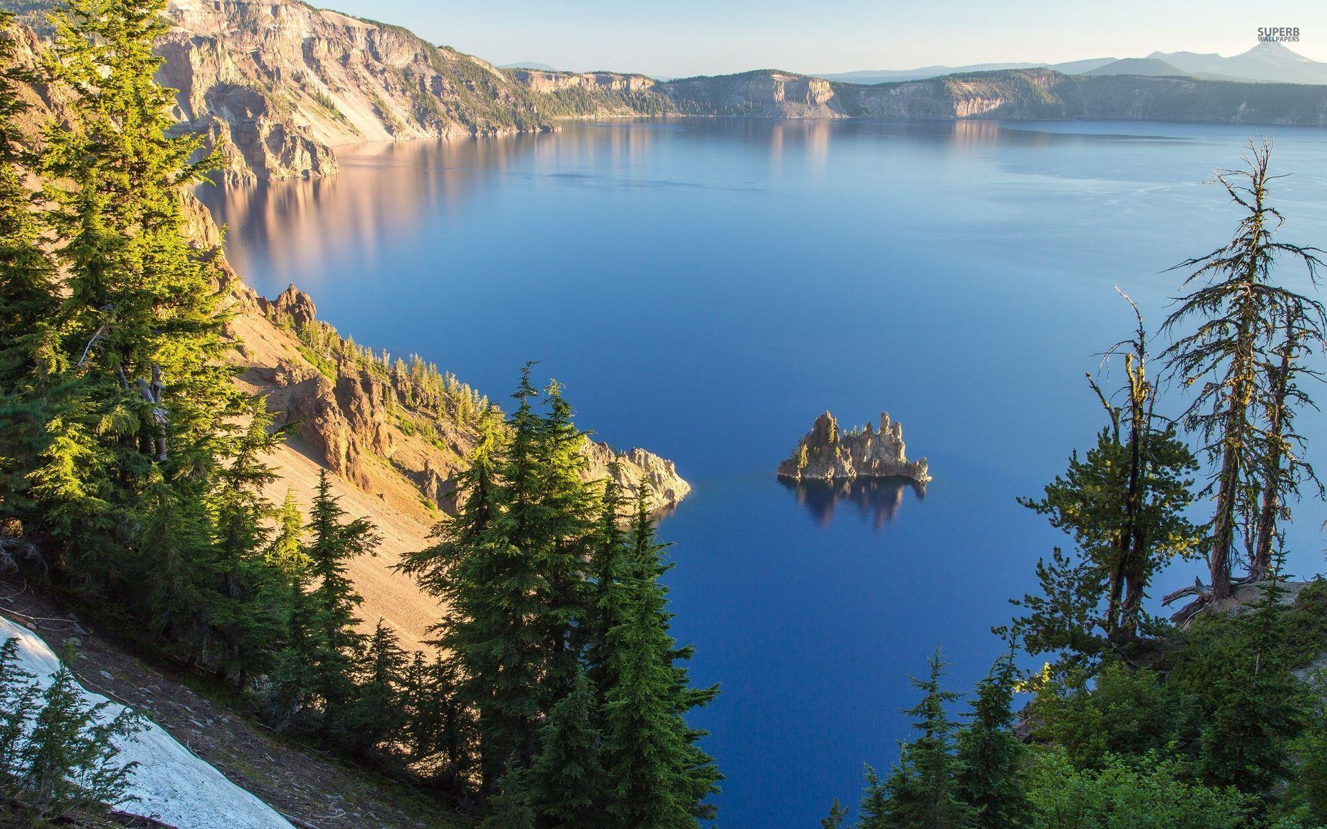 Crater Lake Oregon Usa wallpapers | Crater Lake Oregon Usa stock ...
