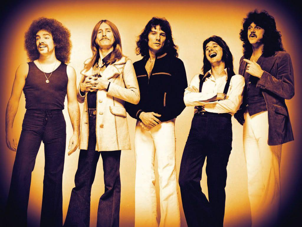 2017 Rock and Roll Hall of Fame | Steve Perry...Don't Stop ...