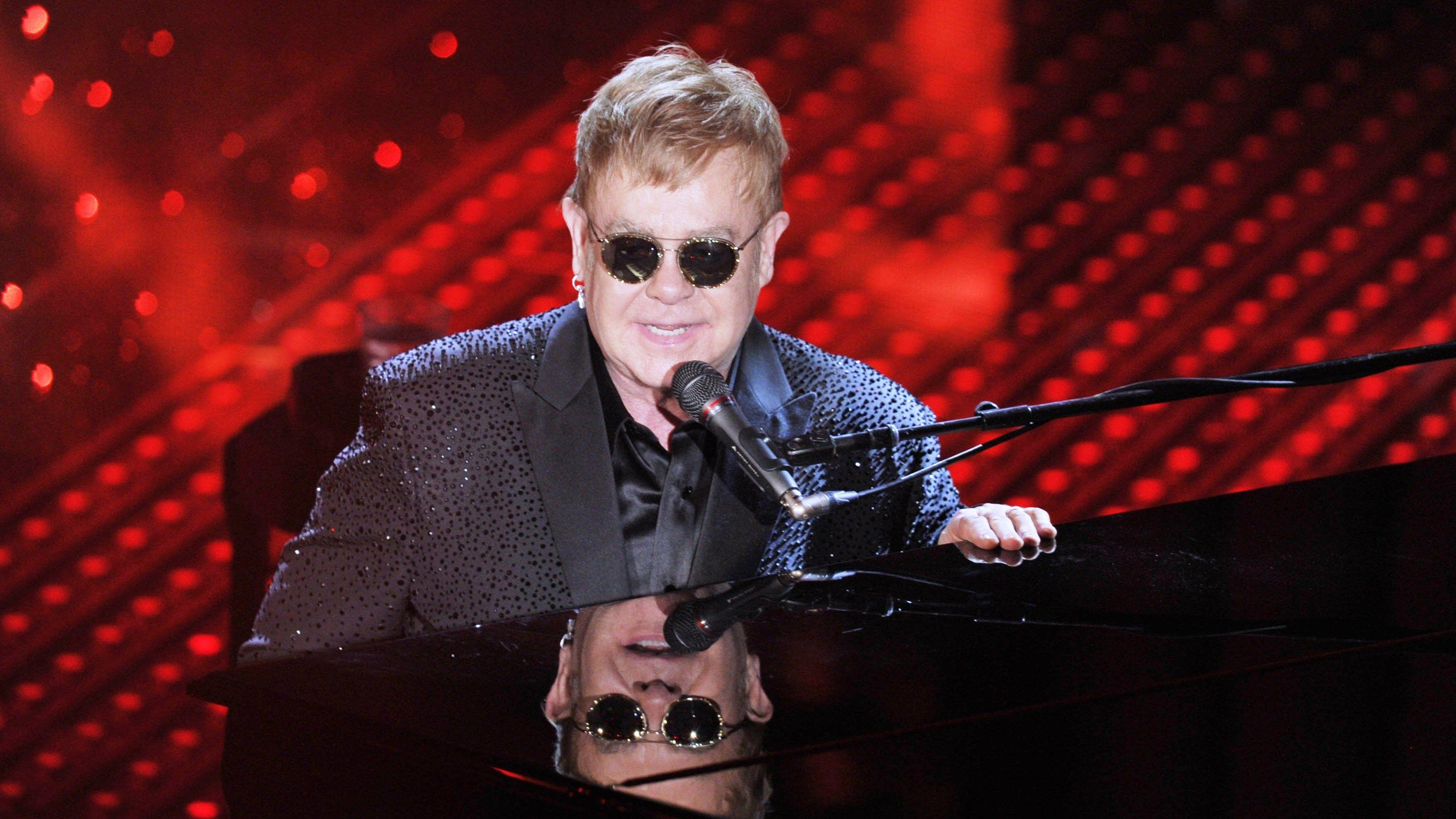 Elton John Wallpapers Image Photos Pictures Backgrounds