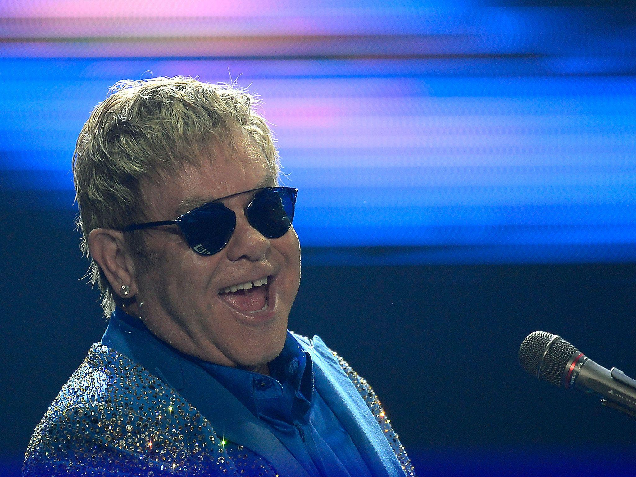 How Elton John reconciled with Madonna after 10