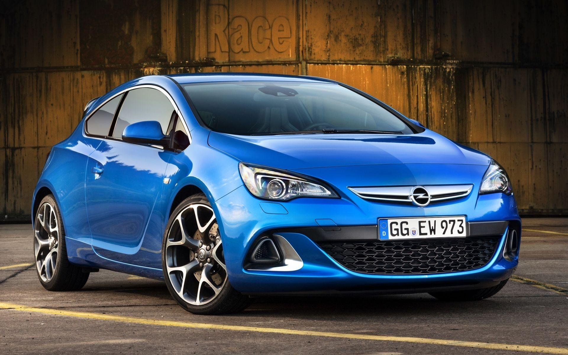 15 Opel Astra HD Wallpapers