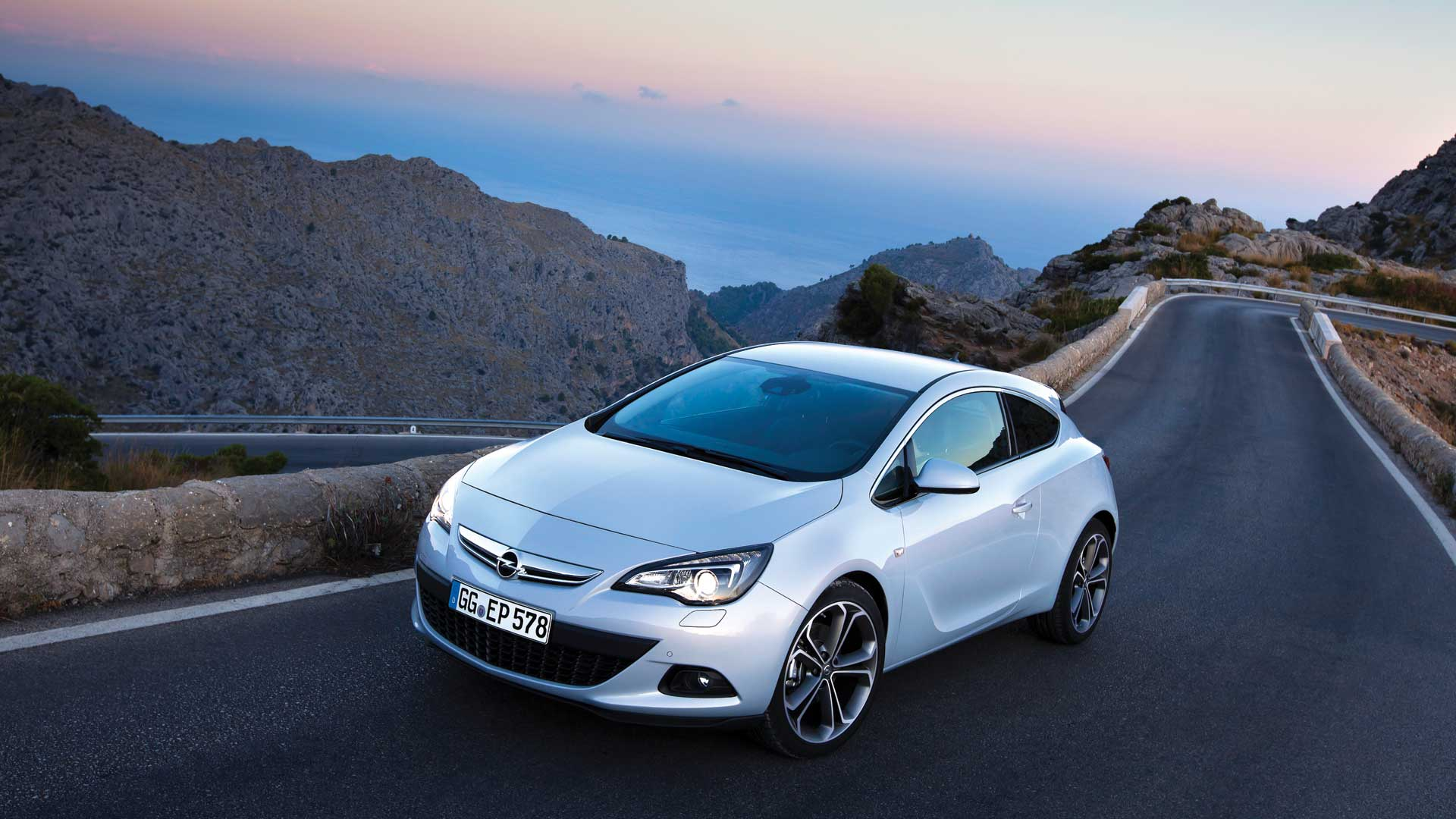 Opel Cars Wallpapers