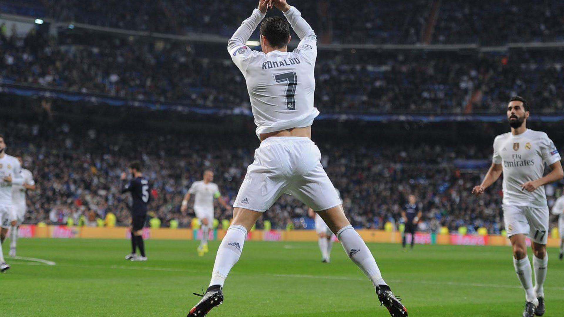 Jumping Celebration Cristiano Ronaldo Real Madrid 2014: Cristiano Ronaldo Celebration Wallpapers