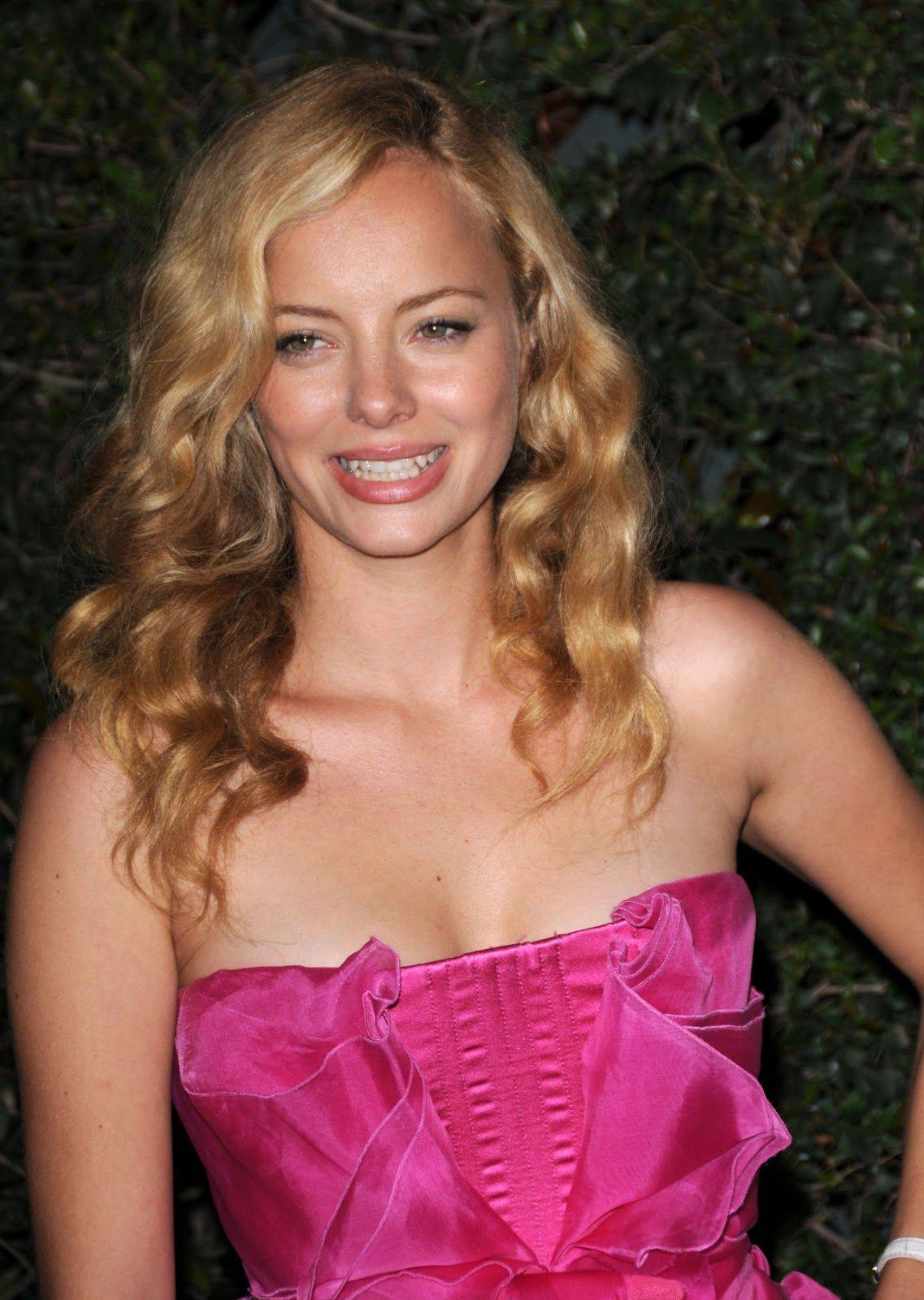 Hollywood Actress Wallpaper: Bijou Phillips HD Wallpapers
