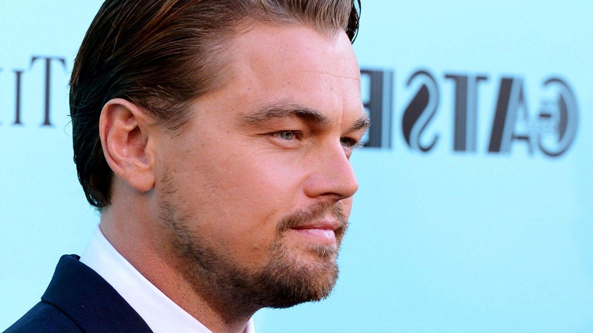 Handsome and Dashing Look of Leonardo DiCaprio Hollywood Celebrity