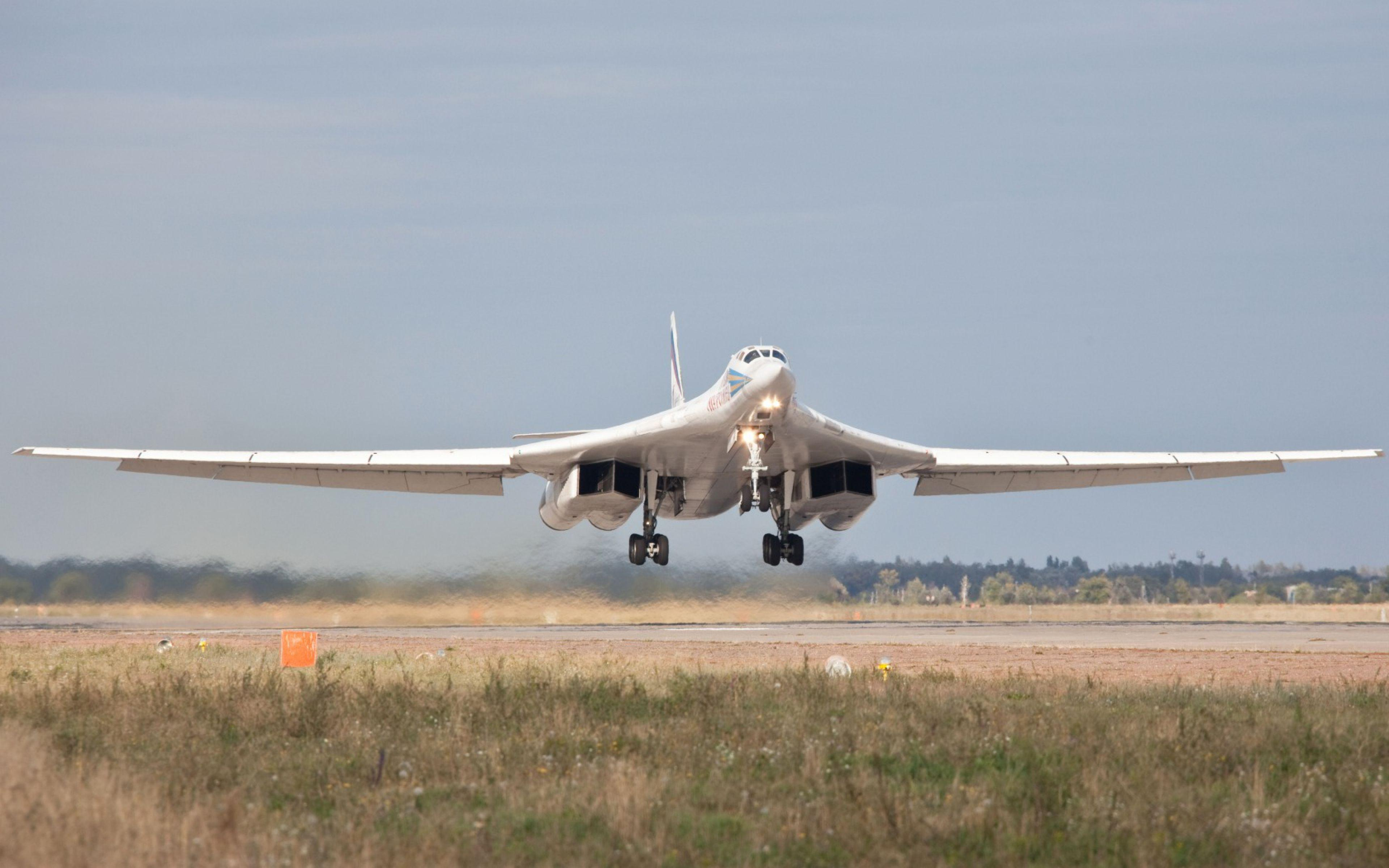 HD Background Tupolev Tu 160 Plane Takeoff Landing White Wallpaper