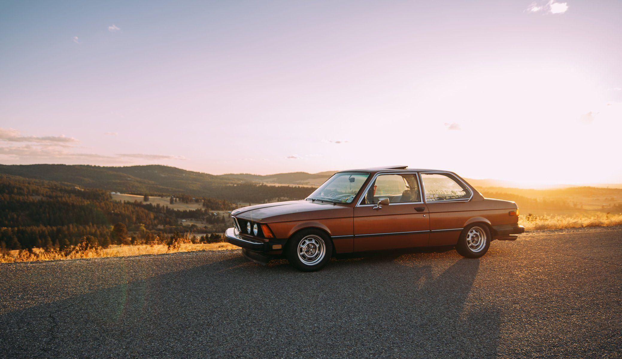bmw e21 shadow road wheel light valley hills horizon clouds sky