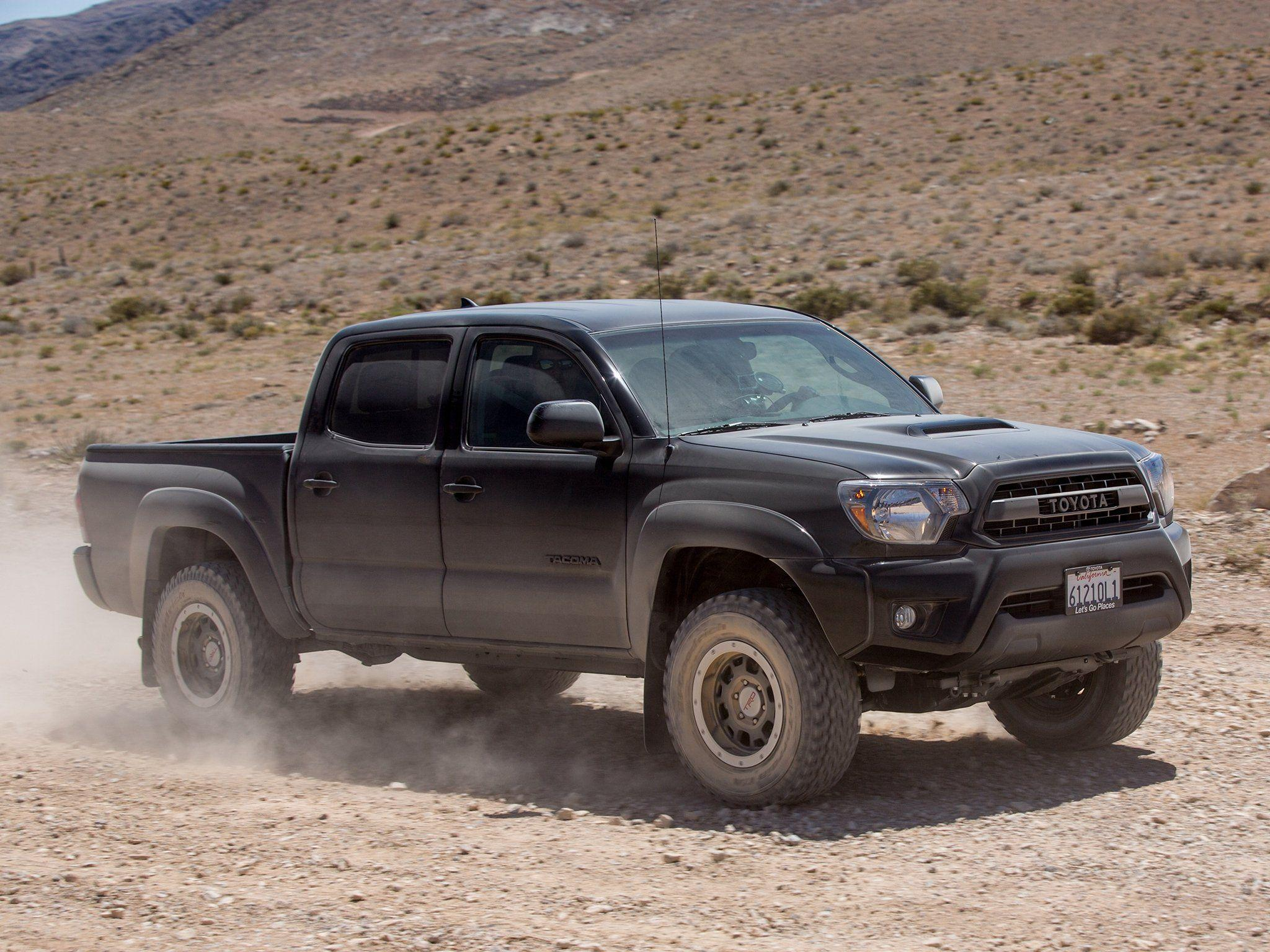 Toyota Tacoma 2015 HD Wallpapers