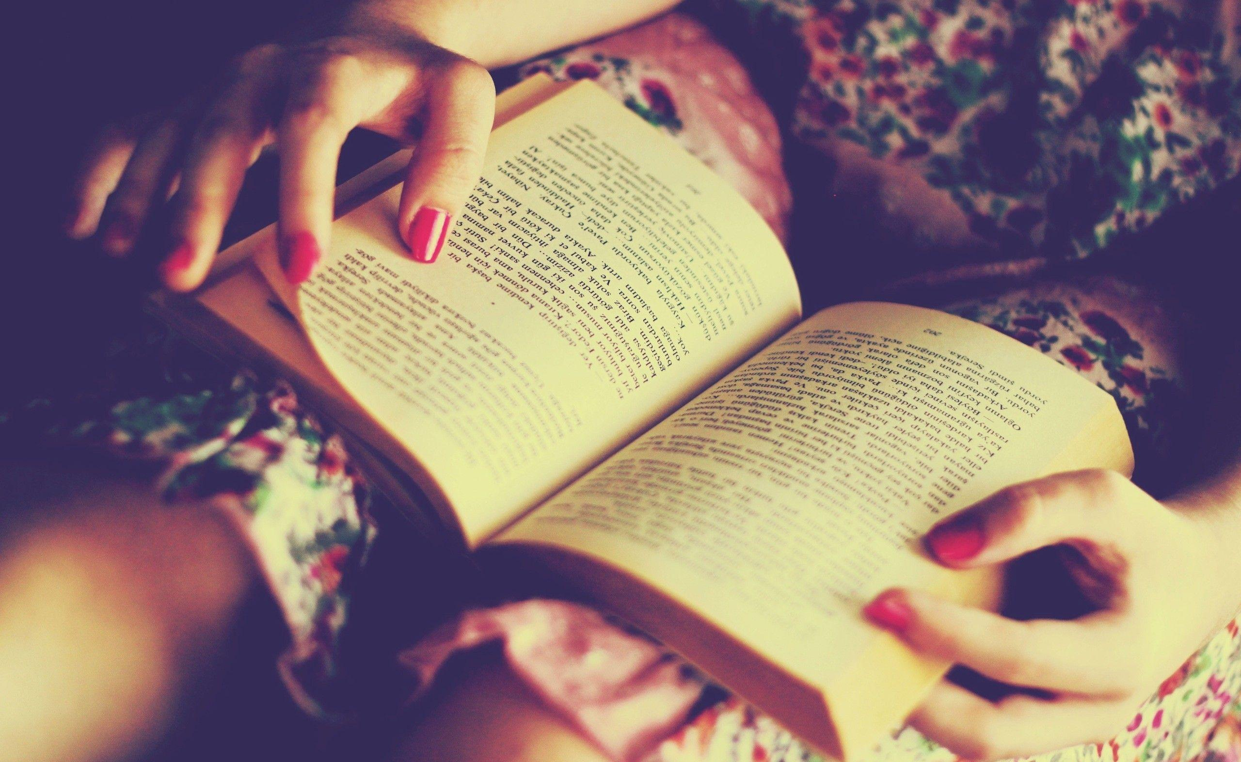 Reading Books Wallpapers Wallpaper Cave