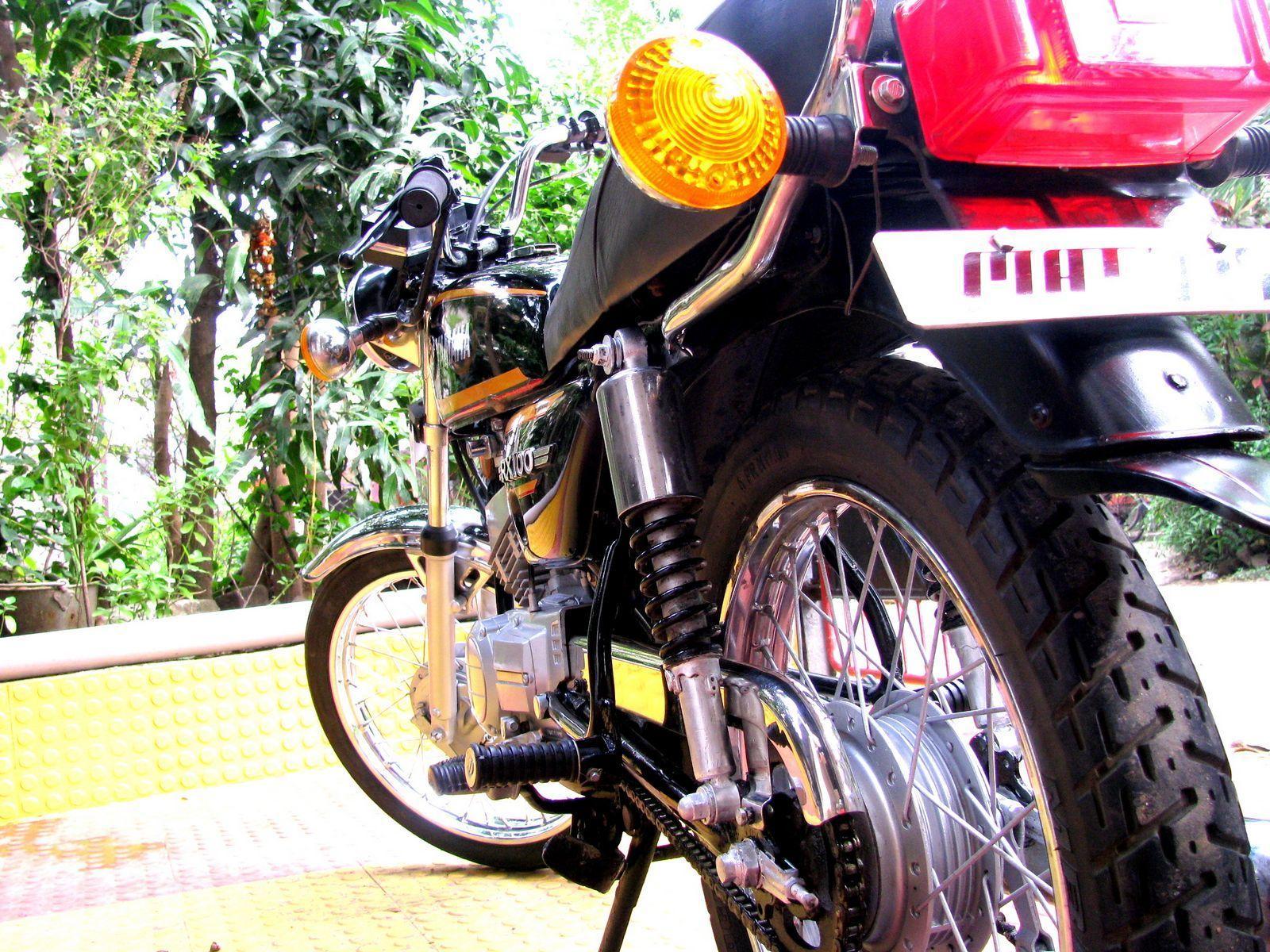 Yamaha RX 100 Wallpapers
