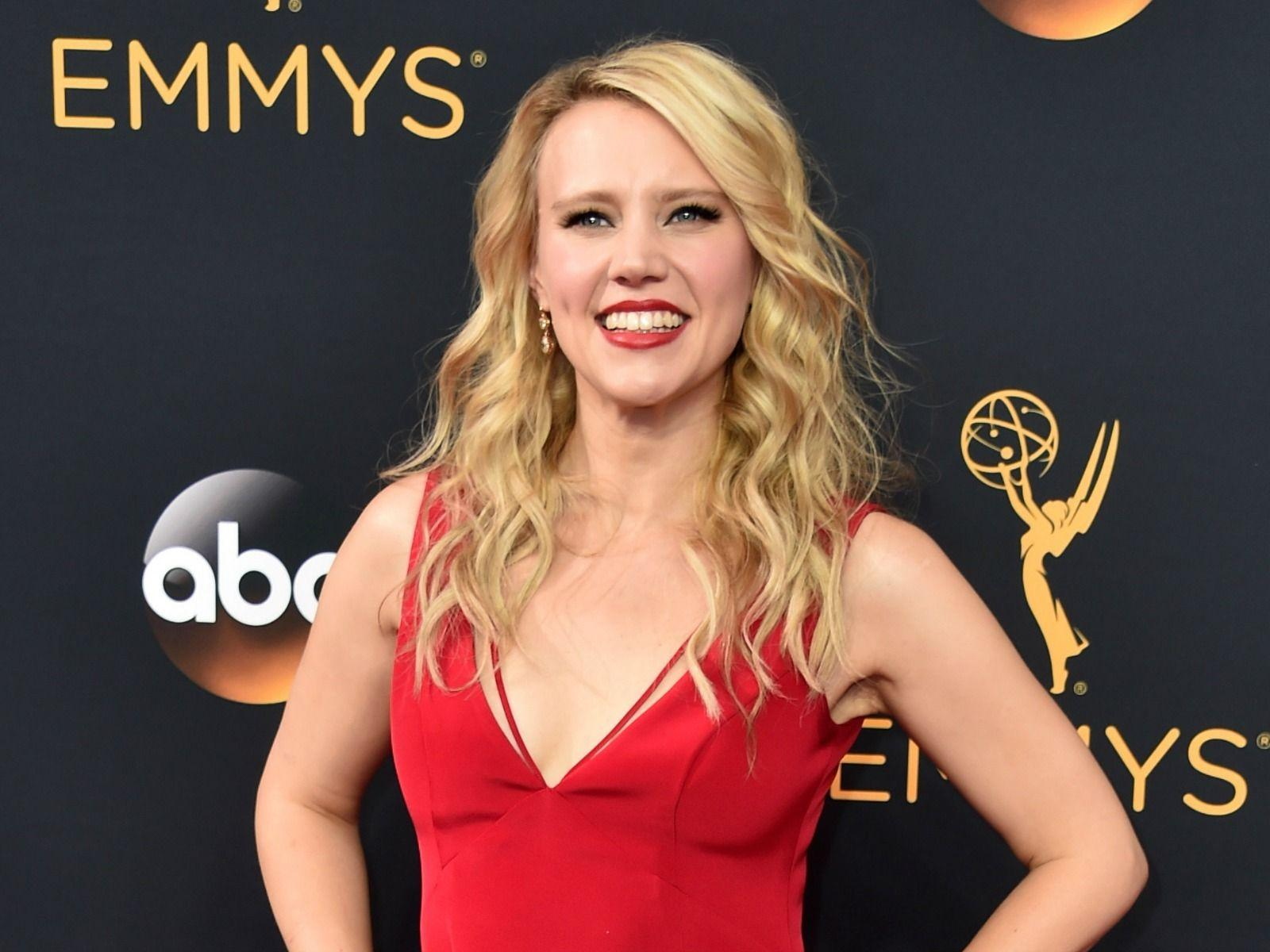 Kate McKinnon Wallpapers Collection For Free Download