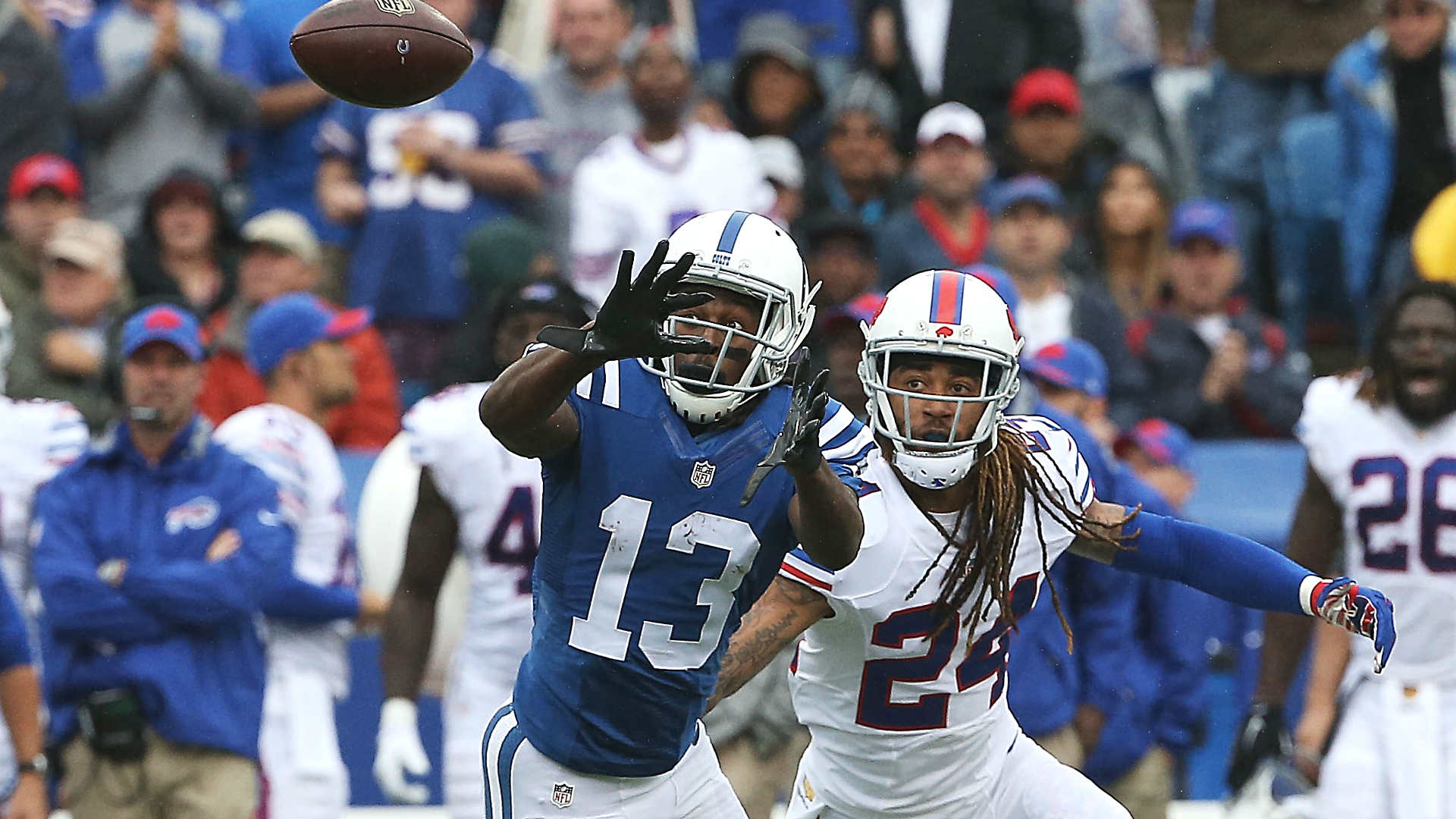 Colts receiver T.Y. Hilton out 'a few weeks' with left knee injury ...