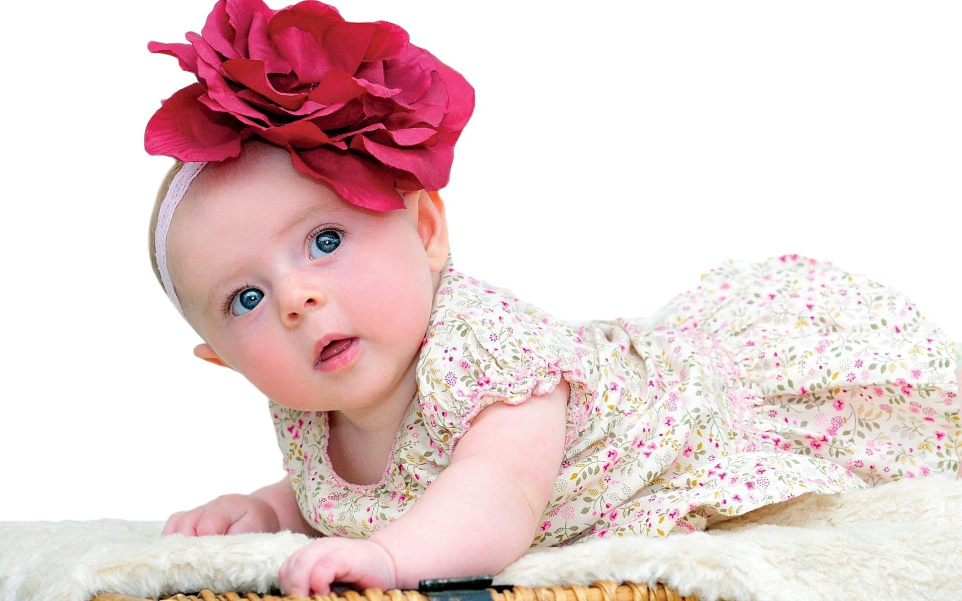 New Born Baby Wallpapers | New Born Baby Backgrounds and Images ...