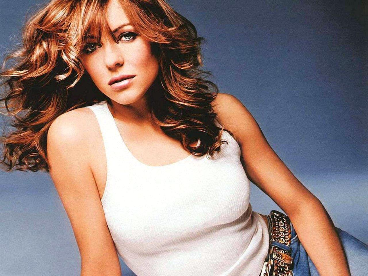 Elizabeth Hurley Wallpaper | 1280x960 | ID:2050 - WallpaperVortex.com