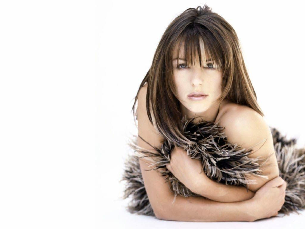 Elizabeth Hurley Wallpapers Free Download | Theroyalspeaker