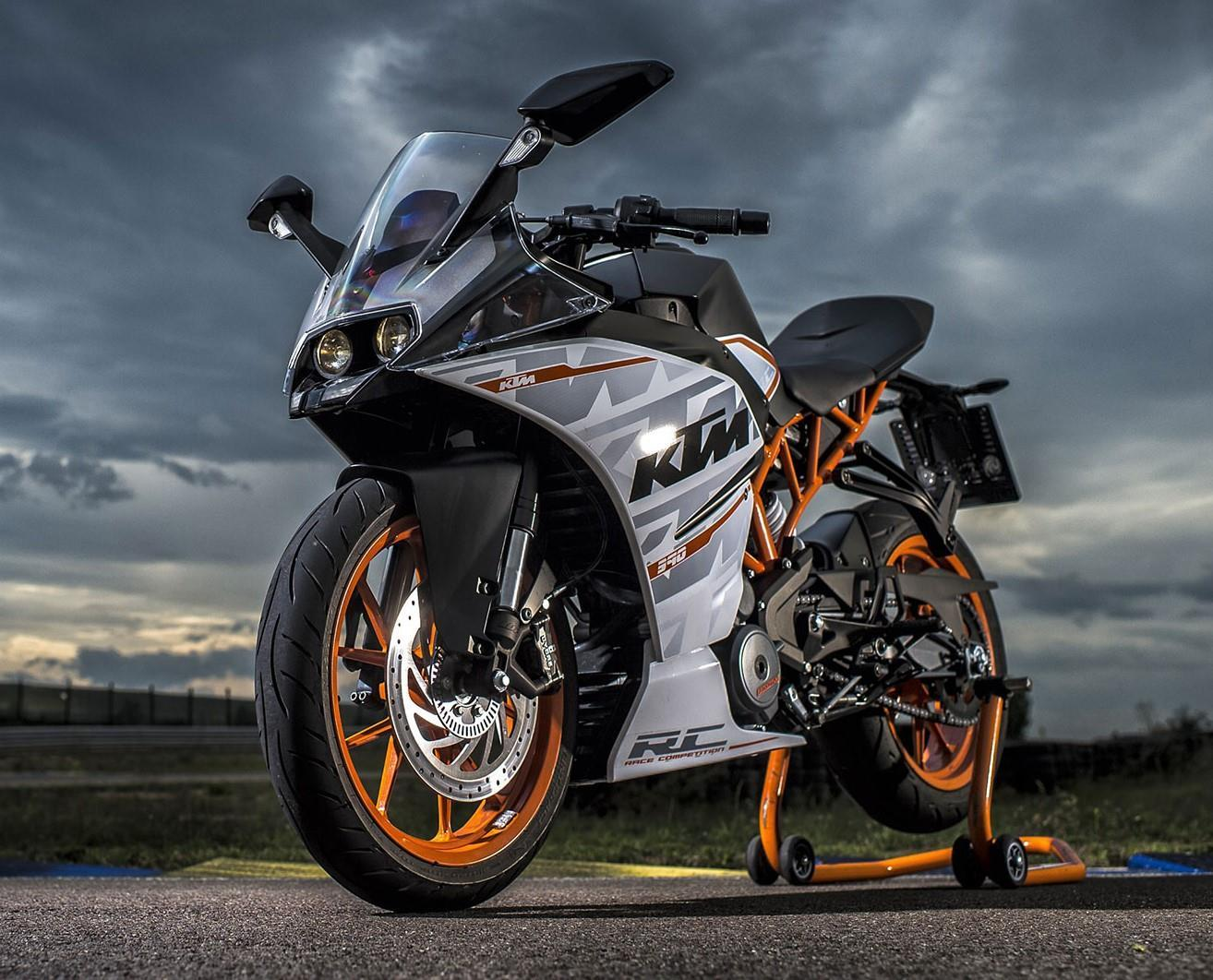KTM RC 390: List of Pros & Cons