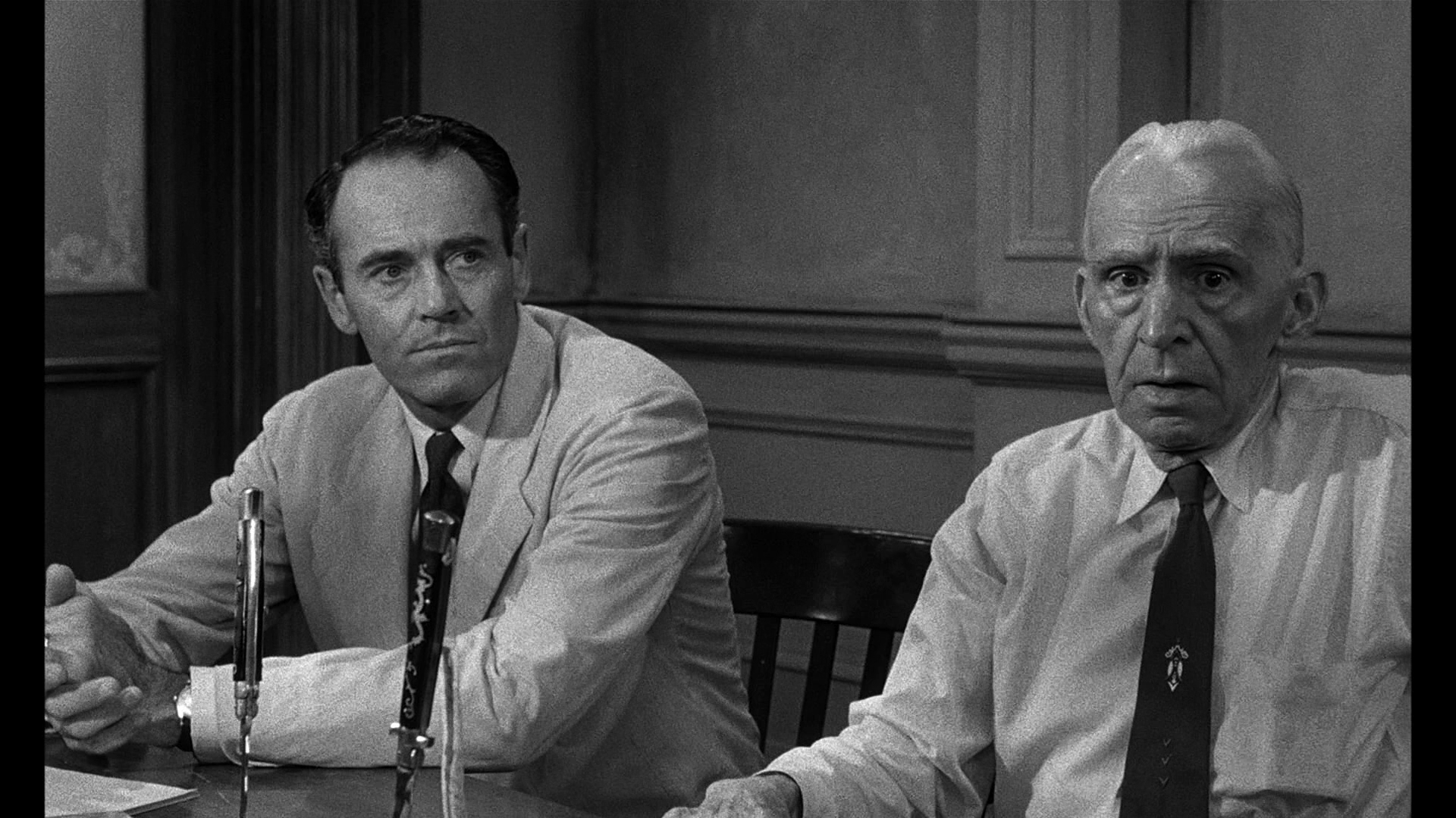 Movies That Everyone Should See 12 Angry Men Fogs Movie Reviews