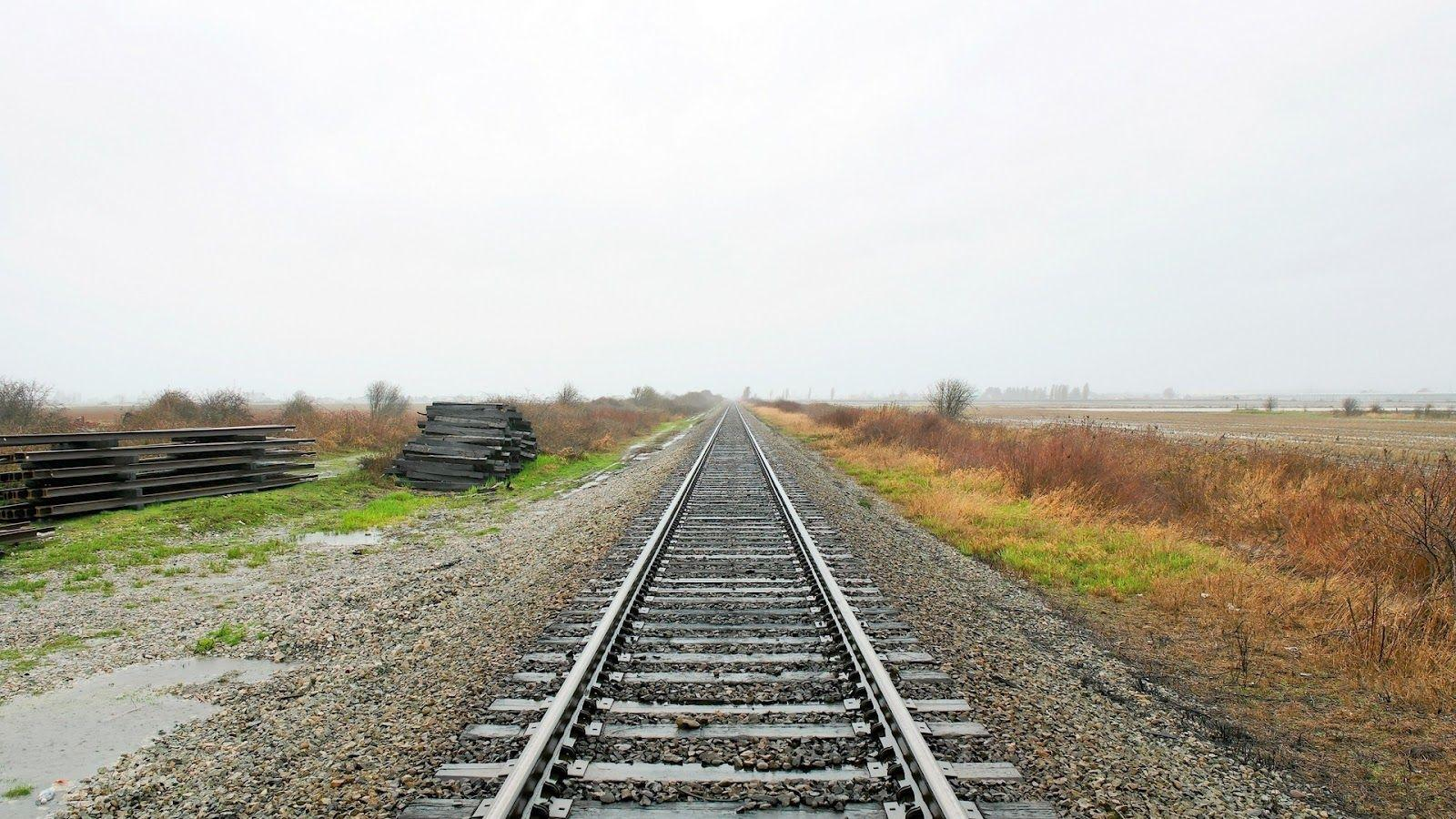 Railway Track Cool HD Wallpapers
