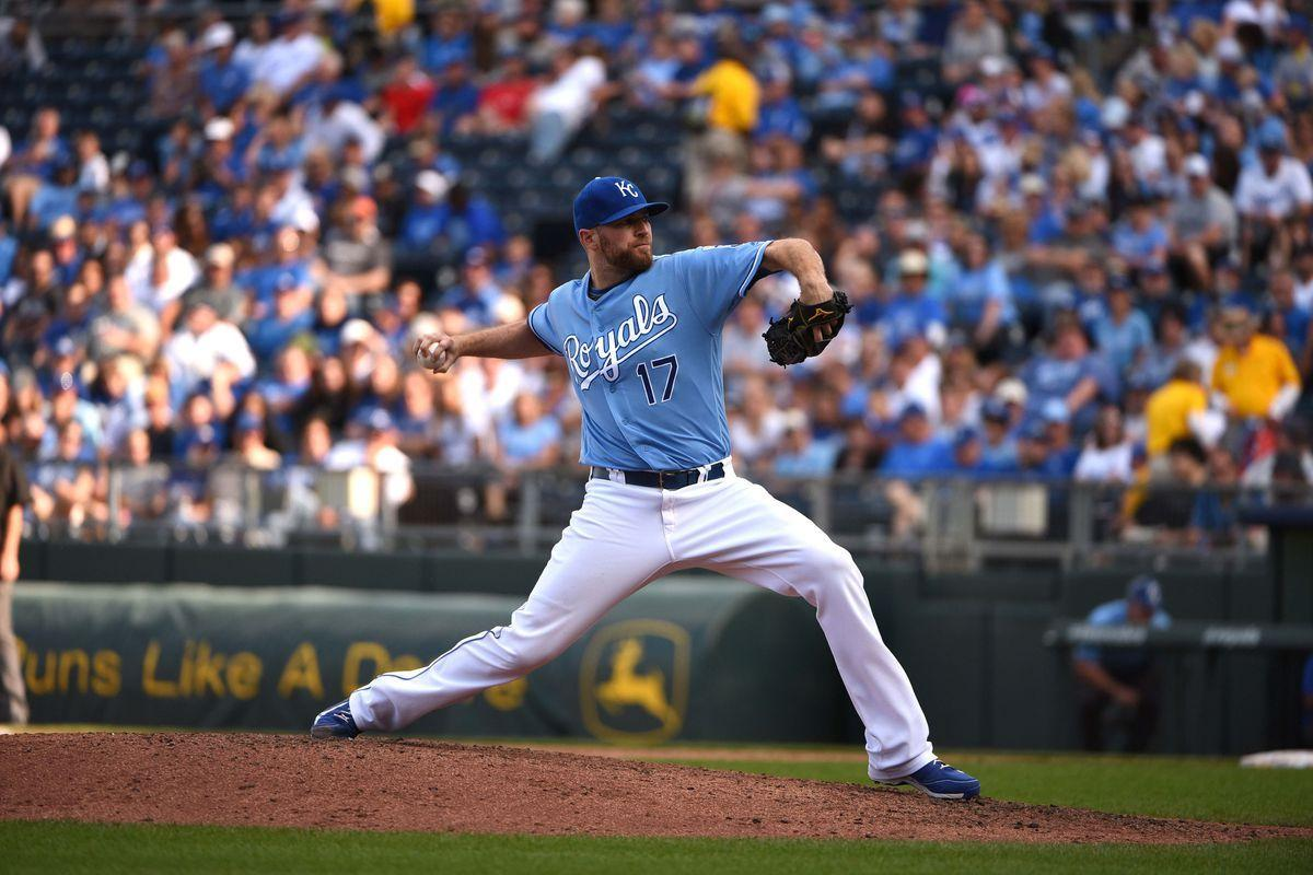 Royals trade rumors: Dodgers interested in Wade Davis, Lorenzo ...