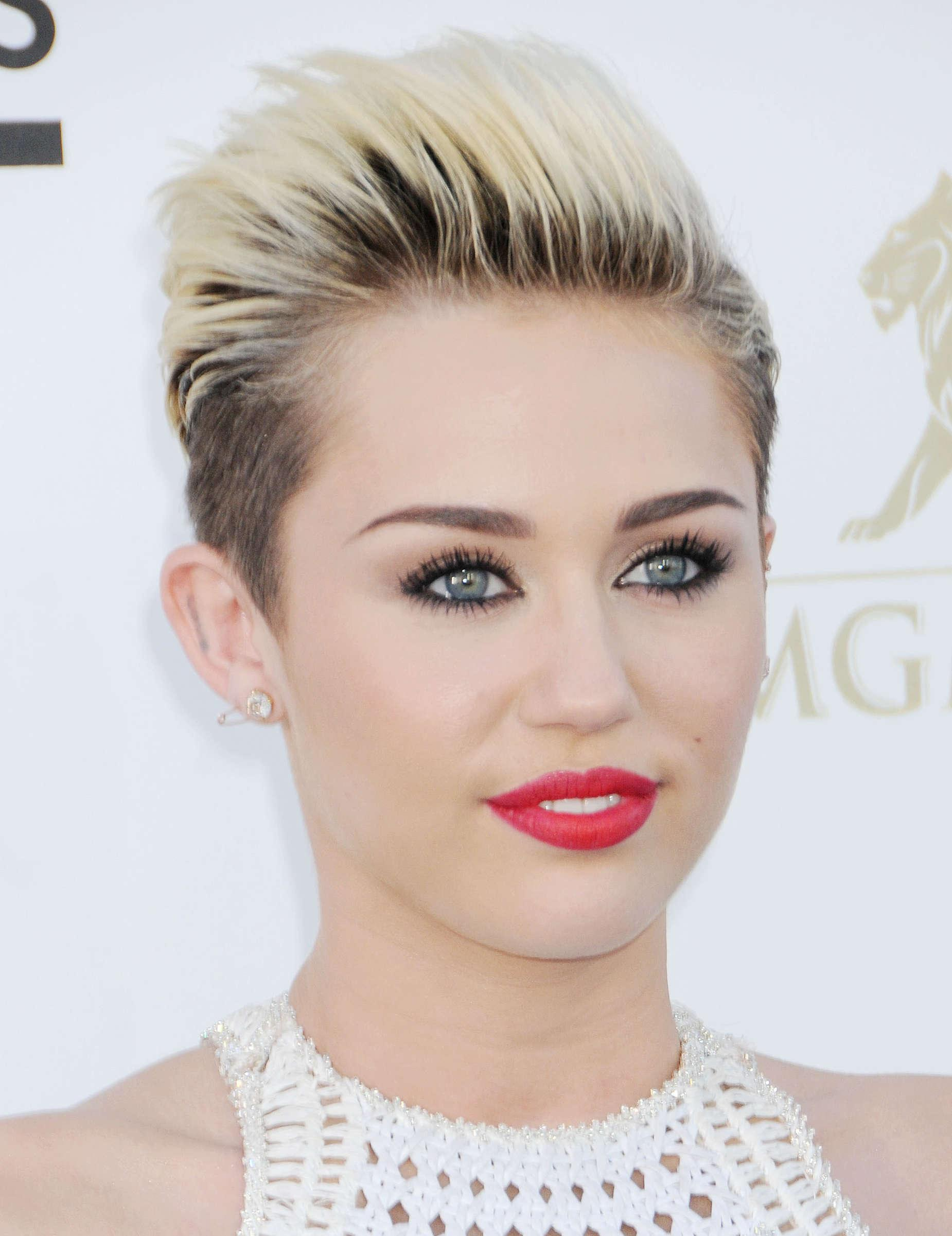 Miley Cyrus 2018 Wallpapers Wallpaper Cave