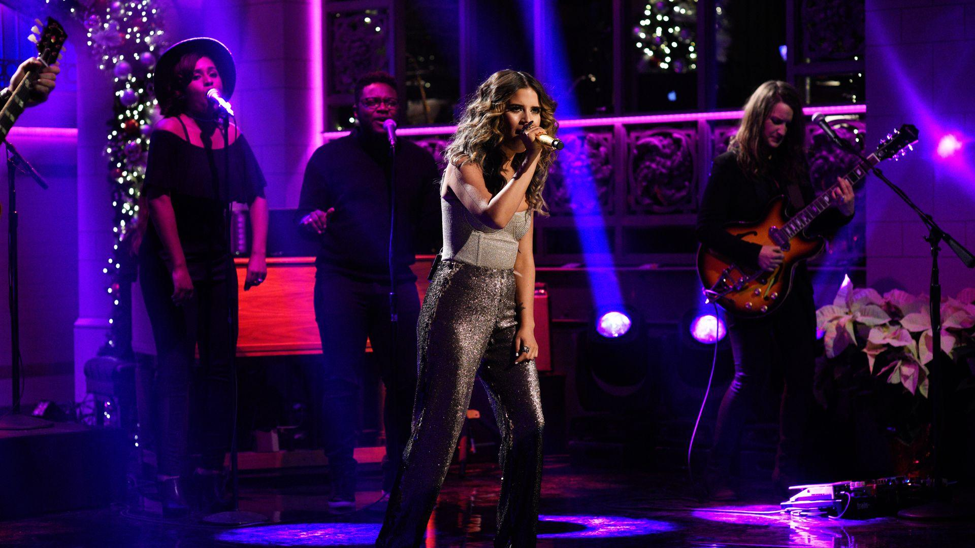 Watch Maren Morris: 80s Mercedes From Saturday Night Live