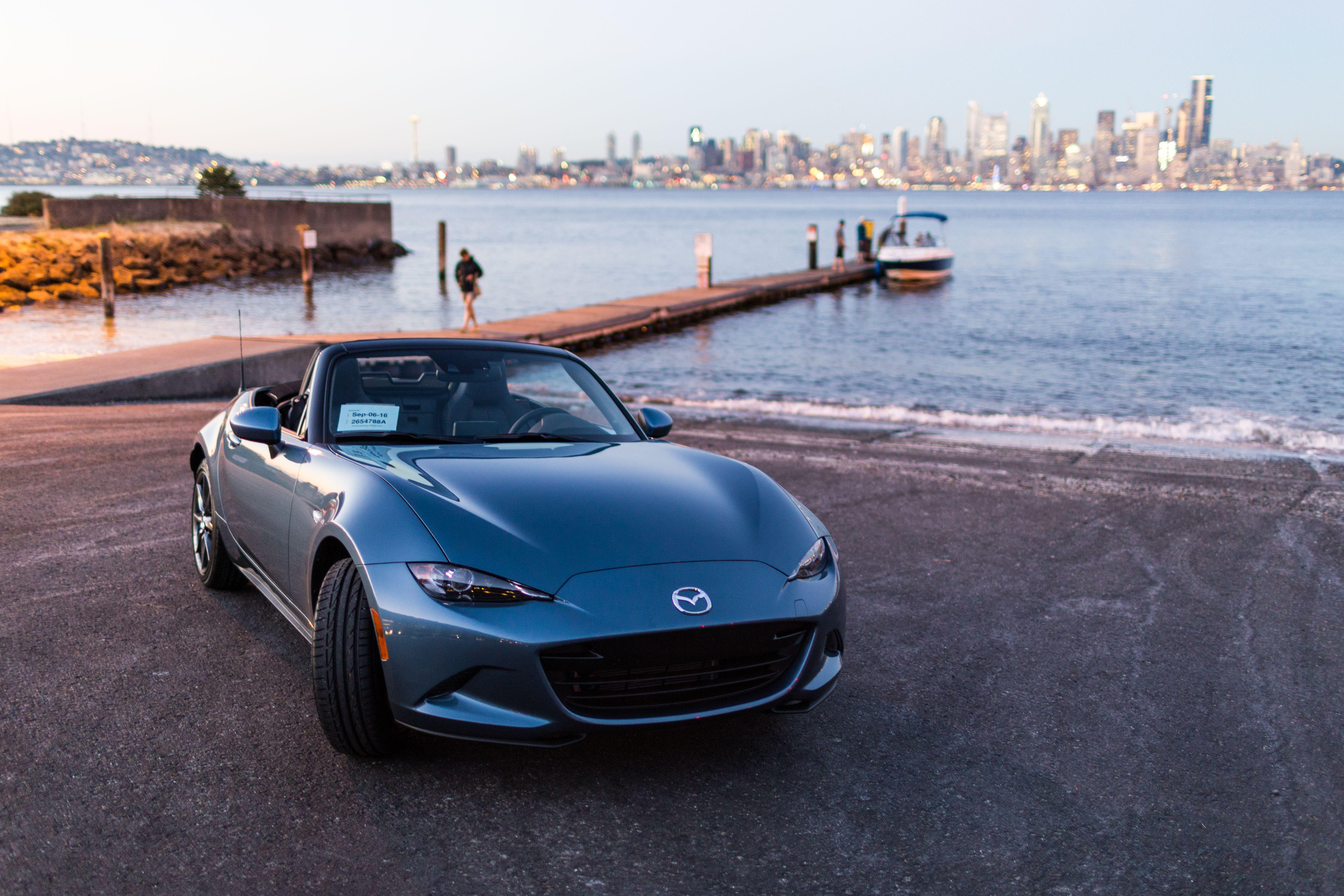 Your Ridiculously Awesome Mazda Miata Wallpaper Is Here